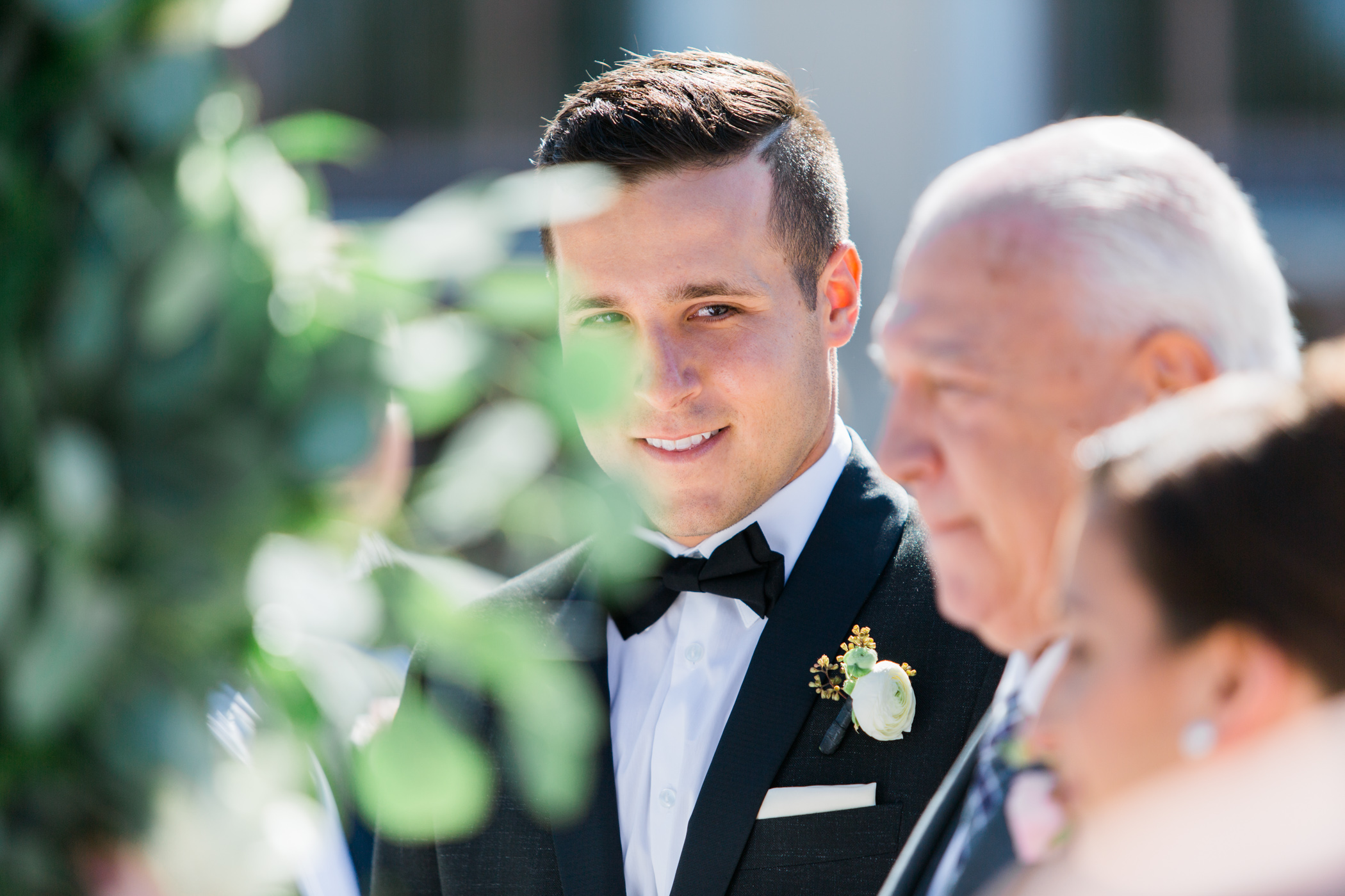 David & Allie - Shingle Creek Wedding Sneak Peek Spring 2016 - Web 11.jpg