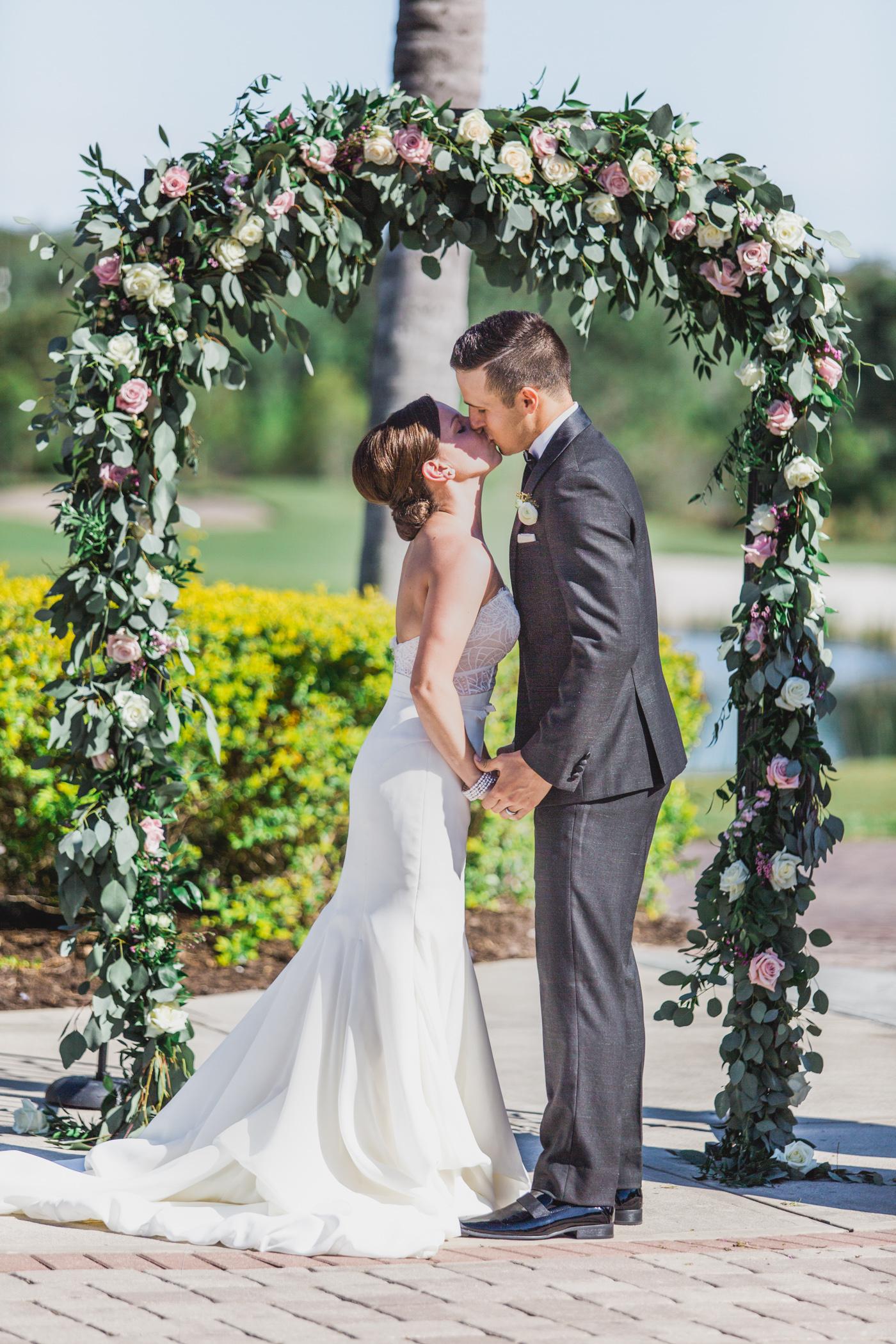 David & Allie - Shingle Creek Wedding Sneak Peek Spring 2016 - Web 12.jpg