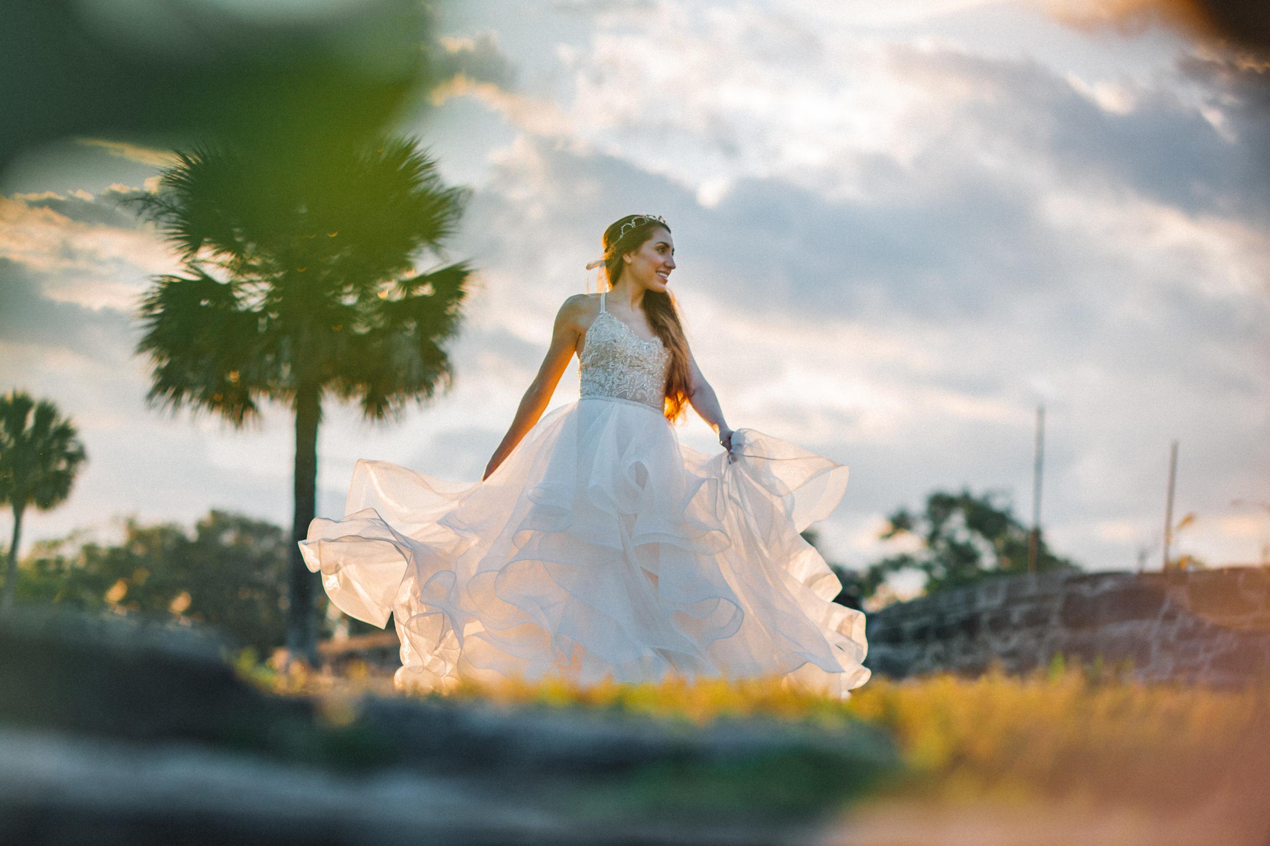 St. Augustine fine art wedding castillo de san marco floral wedding photographer shaina deciryan 68.jpg