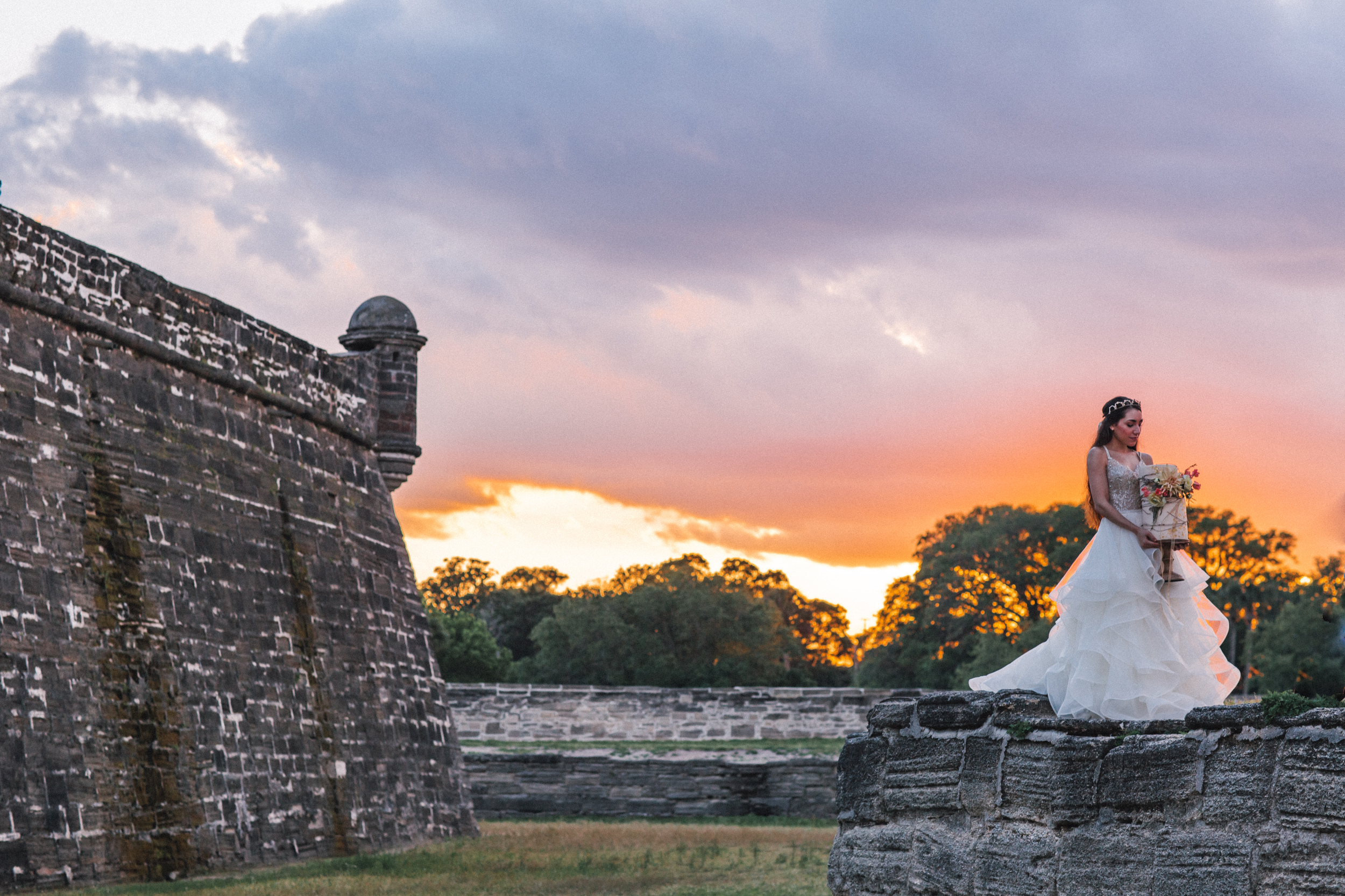 St. Augustine fine art wedding castillo de san marco floral wedding photographer shaina deciryan 90.jpg