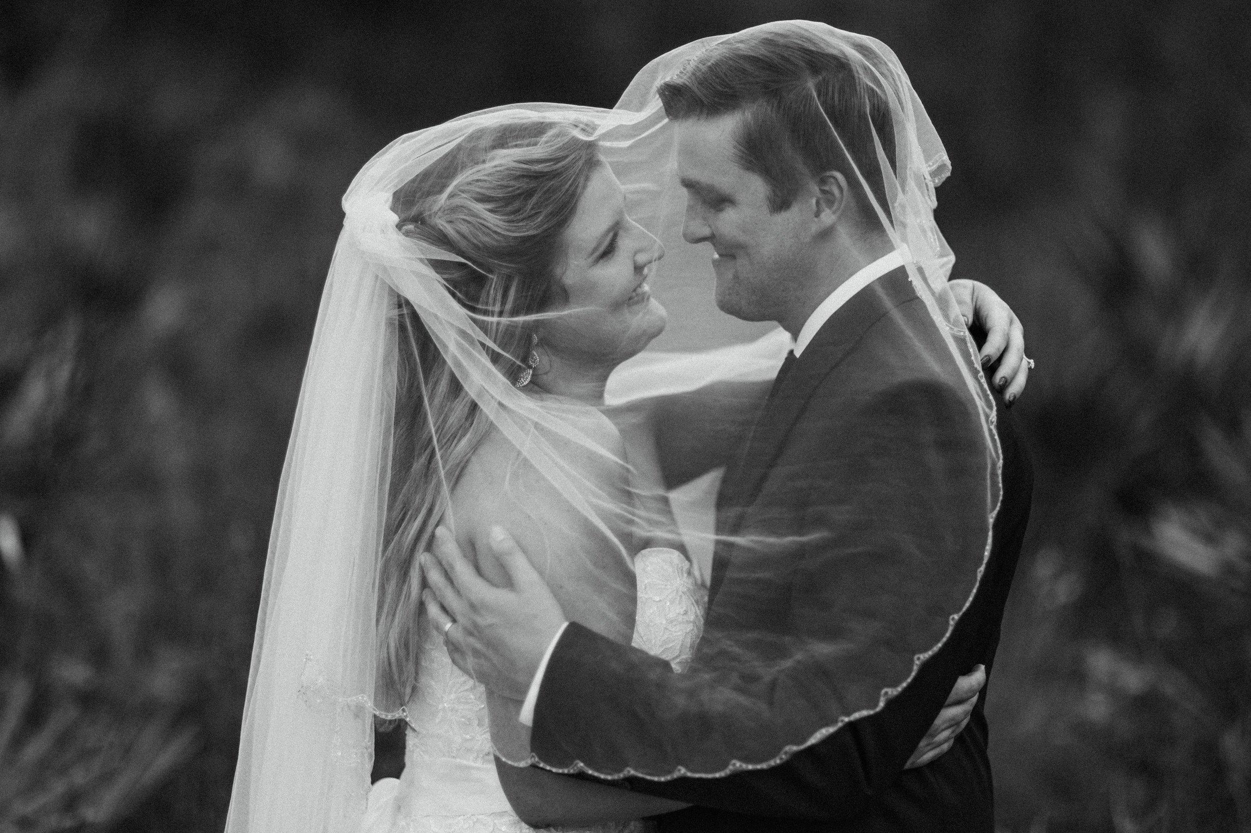 Wekiva Springs Wedding Photoshoot natural bride groom Heck Yeah Presets 10.jpg