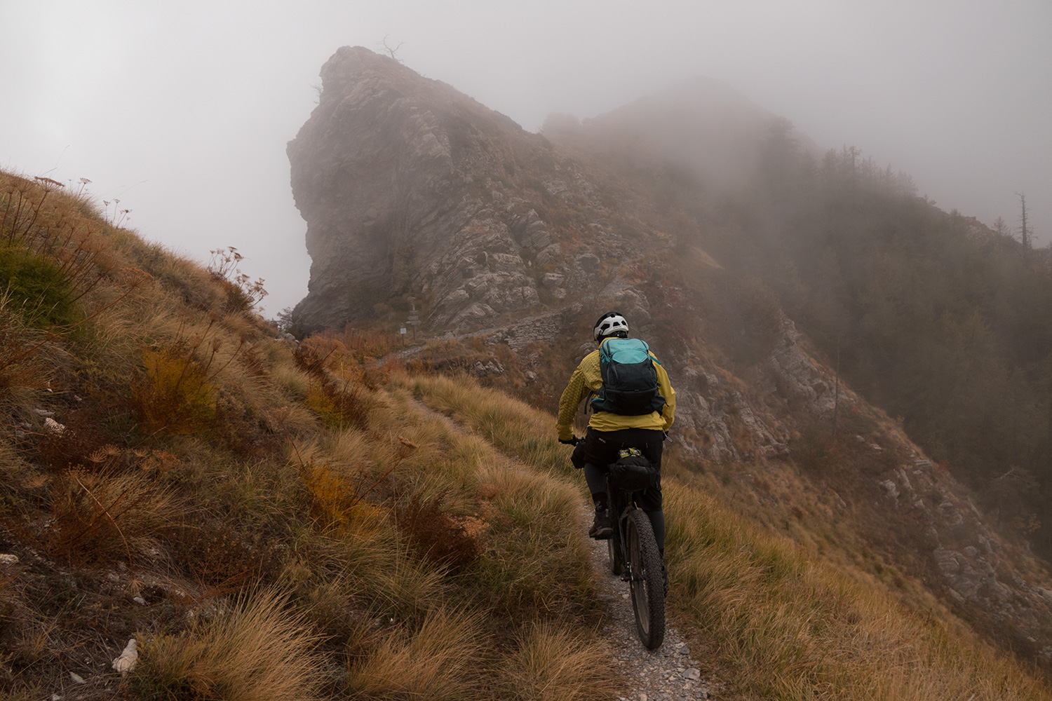 bikepacking liguria