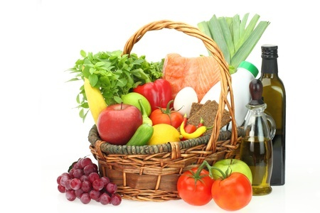 15962296_S_grains_bread_grapes_tomatoes_olive_oil_ basket_celery.jpg