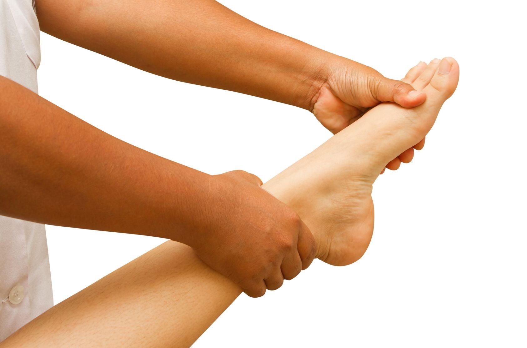 15372661_L_Foot Stretches_Massage_Hands_Legs_Feet_Pain.jpg