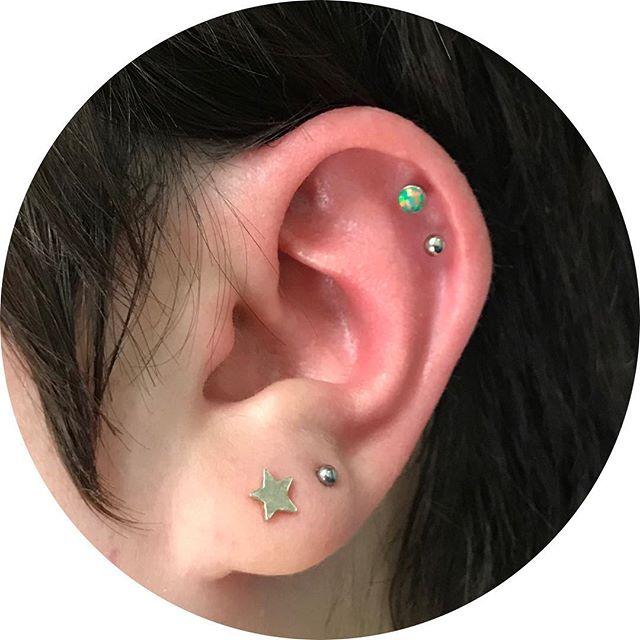 Double helix pierced by moi #helixpiercing #piercing #earpiercing #qualitibodyjewellery