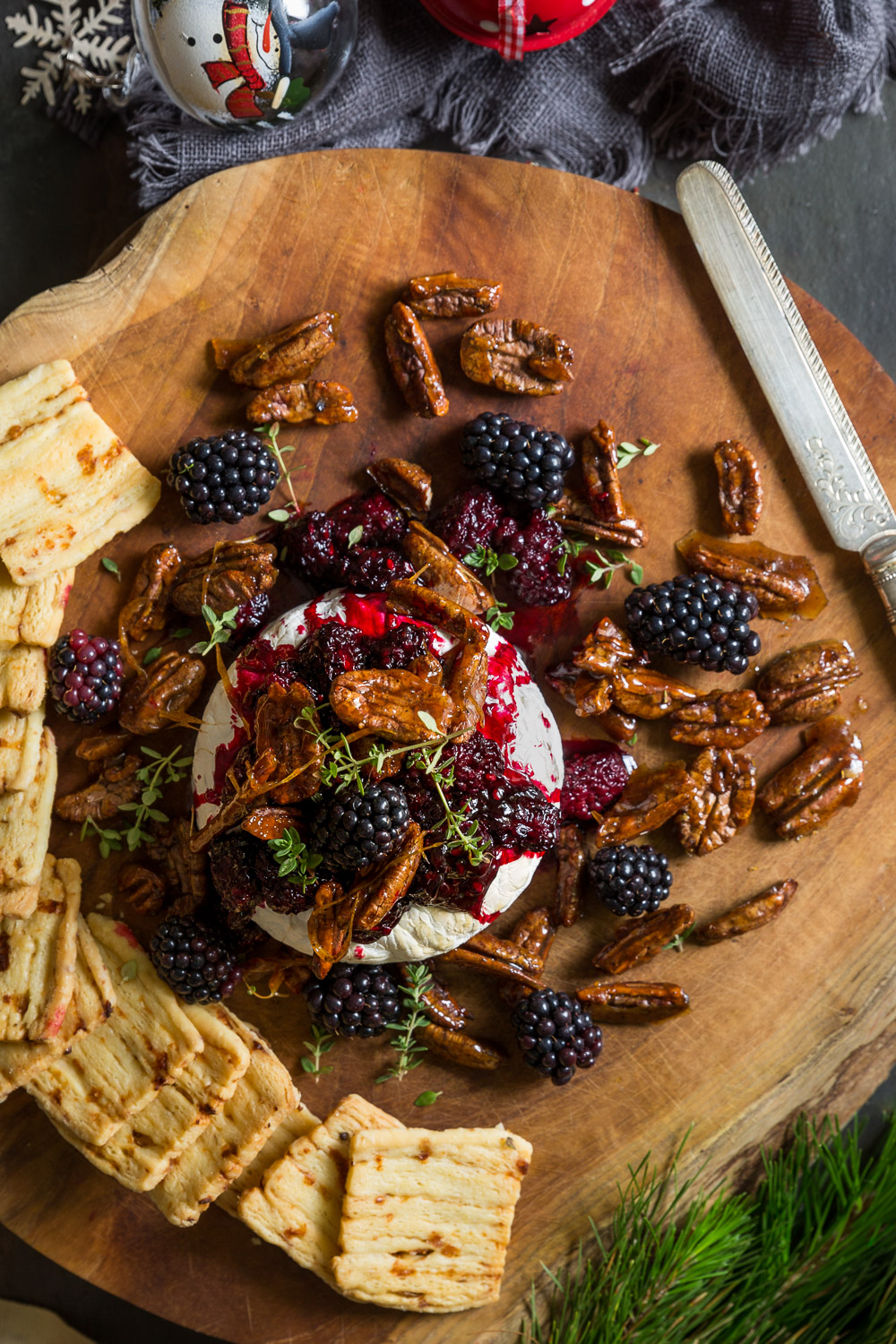 Baked camembert with blackberries and spiced pecans