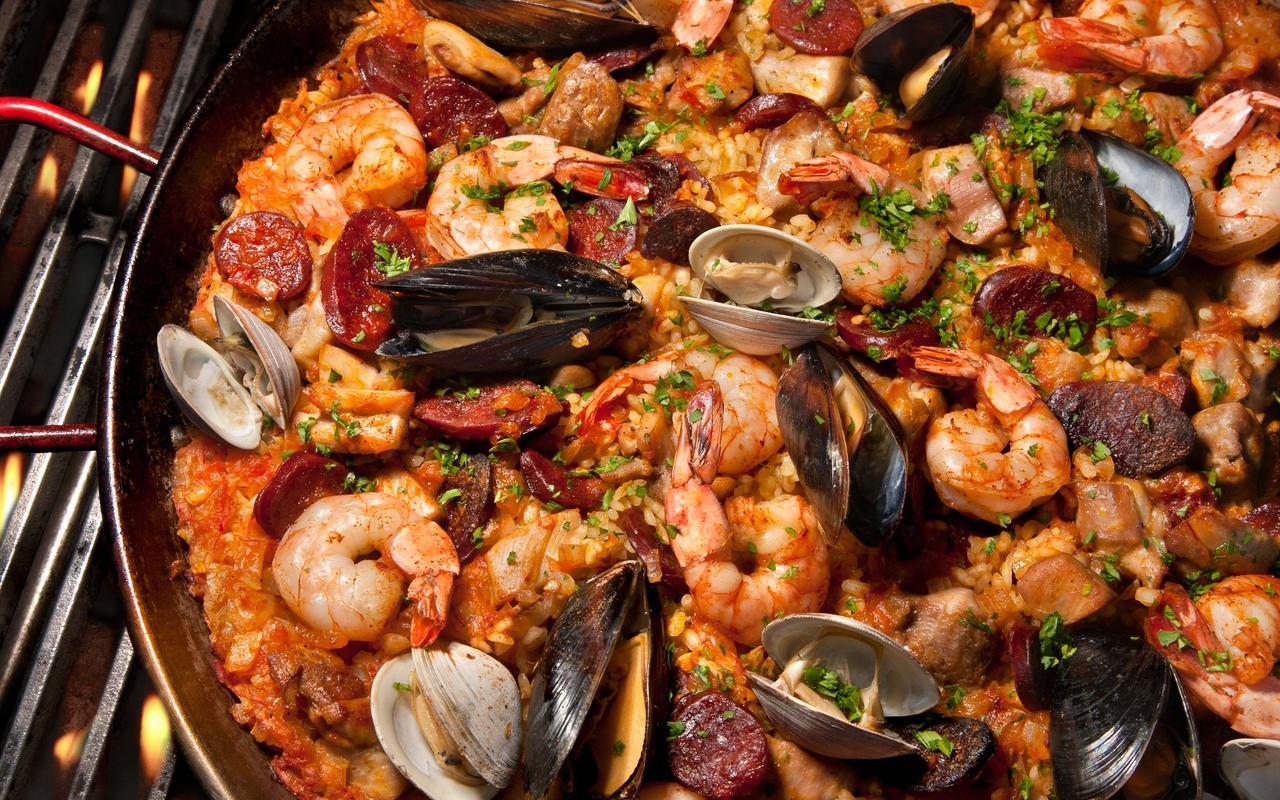Enjoy Paella made by local Blackstone Launchpad Venture Paella Fantasitca!