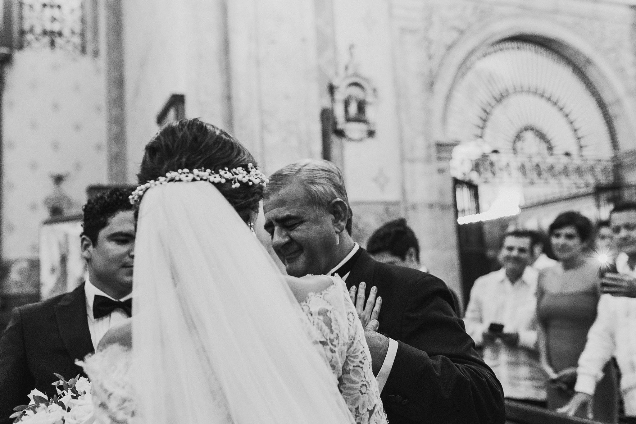 0228F&Yslide_WeddingDstination_MeridaYucatan_HaciendasMerida_BodasMexico_BodasYucatan_Boda_Destino.jpg