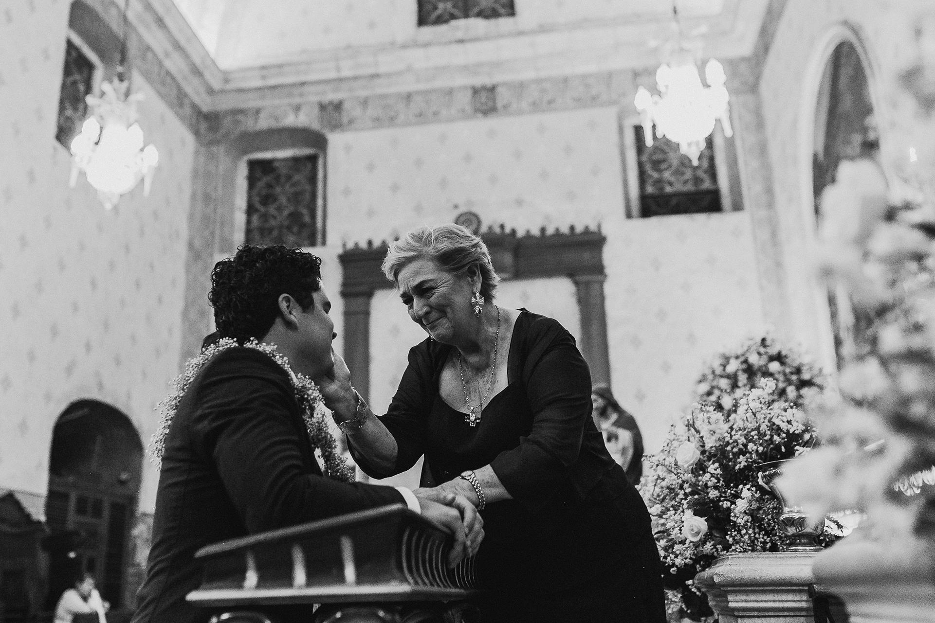0258F&Yslide_WeddingDstination_MeridaYucatan_HaciendasMerida_BodasMexico_BodasYucatan_Boda_Destino.jpg