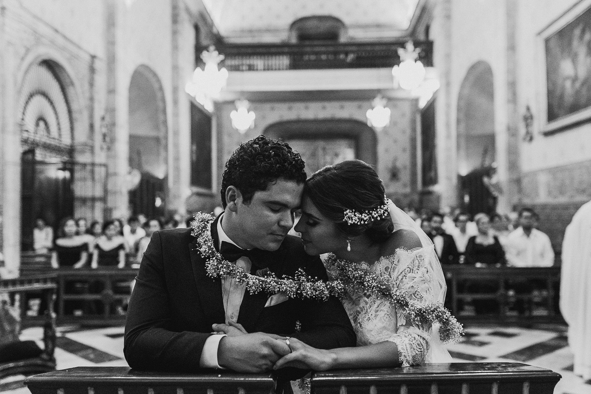 0260F&Yslide_WeddingDstination_MeridaYucatan_HaciendasMerida_BodasMexico_BodasYucatan_Boda_Destino.jpg