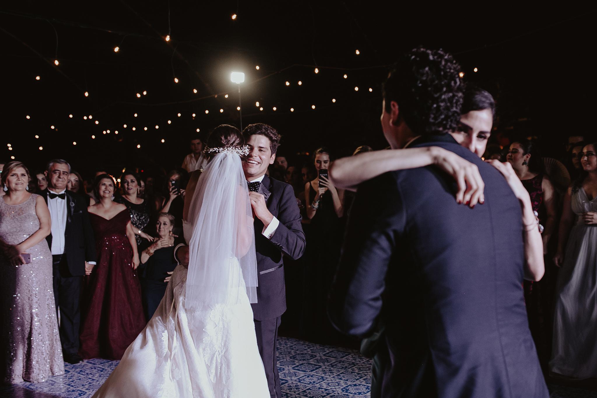 0305F&Yslide_WeddingDstination_MeridaYucatan_HaciendasMerida_BodasMexico_BodasYucatan_Boda_Destino.jpg
