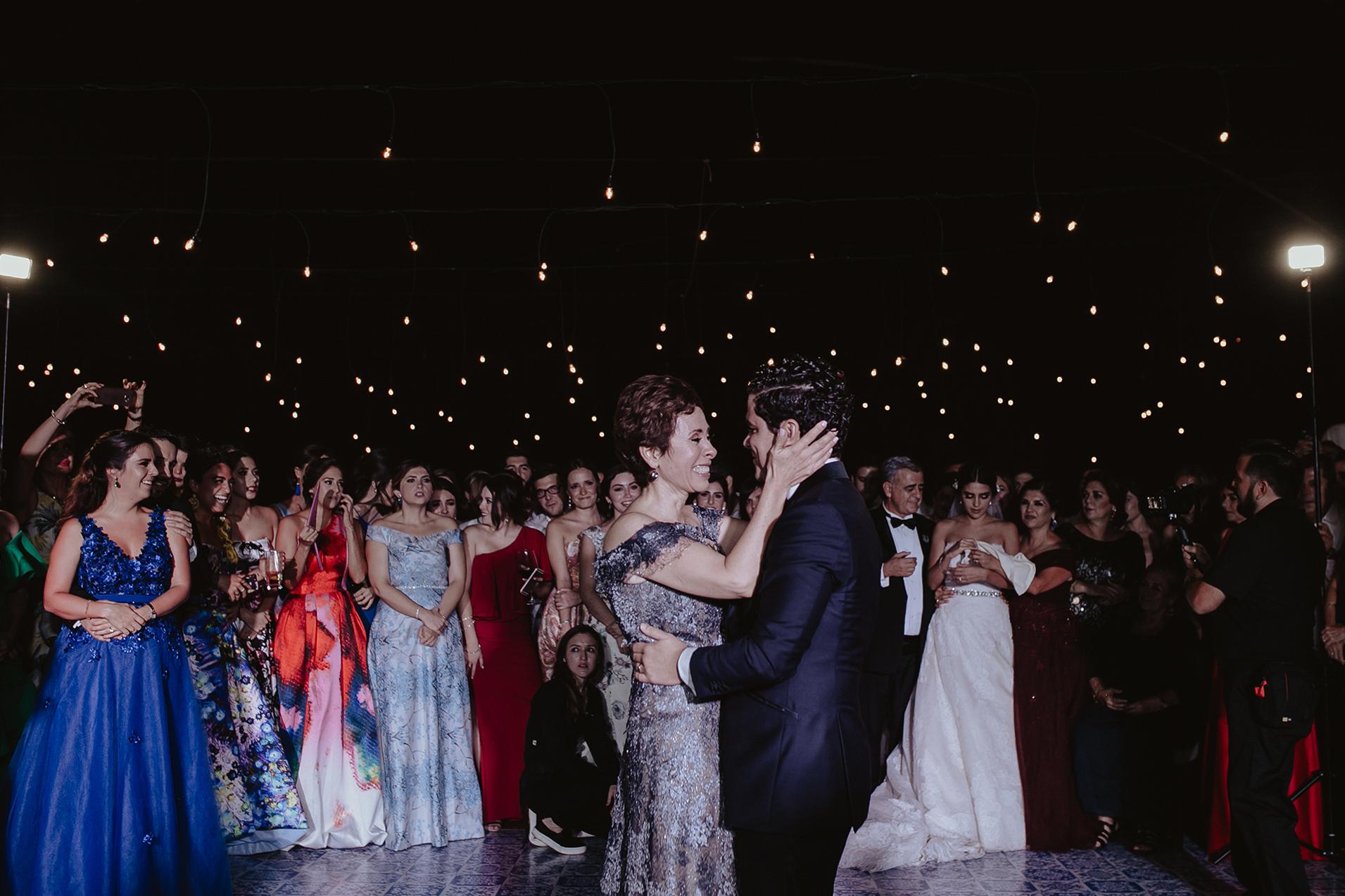 0323F&Yslide_WeddingDstination_MeridaYucatan_HaciendasMerida_BodasMexico_BodasYucatan_Boda_Destino.jpg