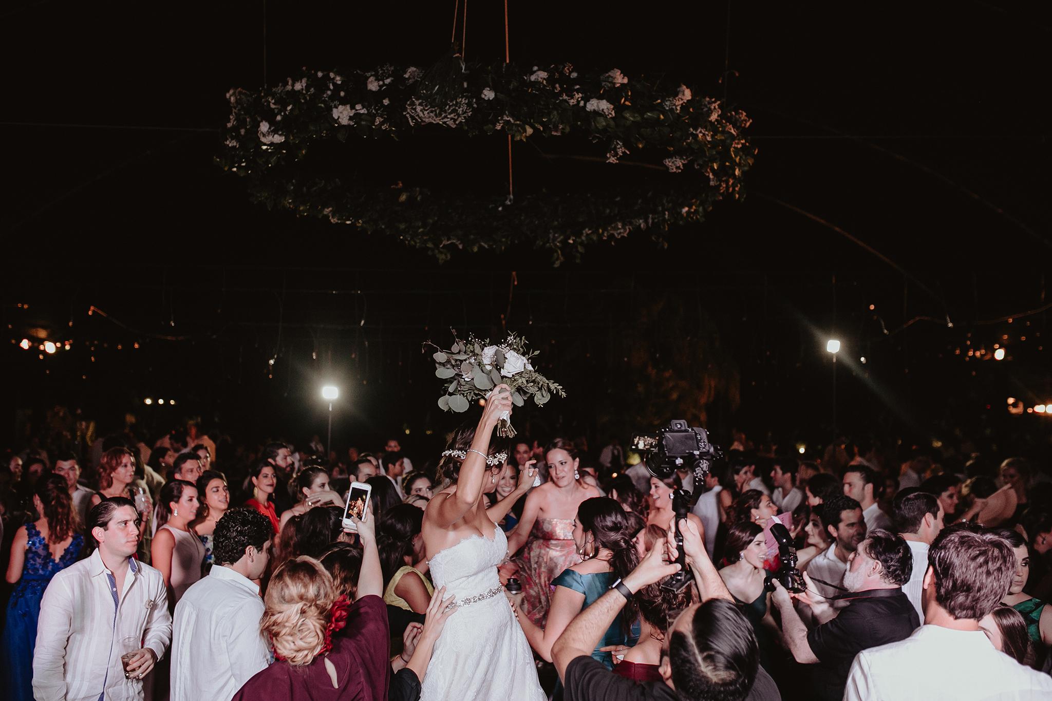 0438F&Yslide_WeddingDstination_MeridaYucatan_HaciendasMerida_BodasMexico_BodasYucatan_Boda_Destino.jpg