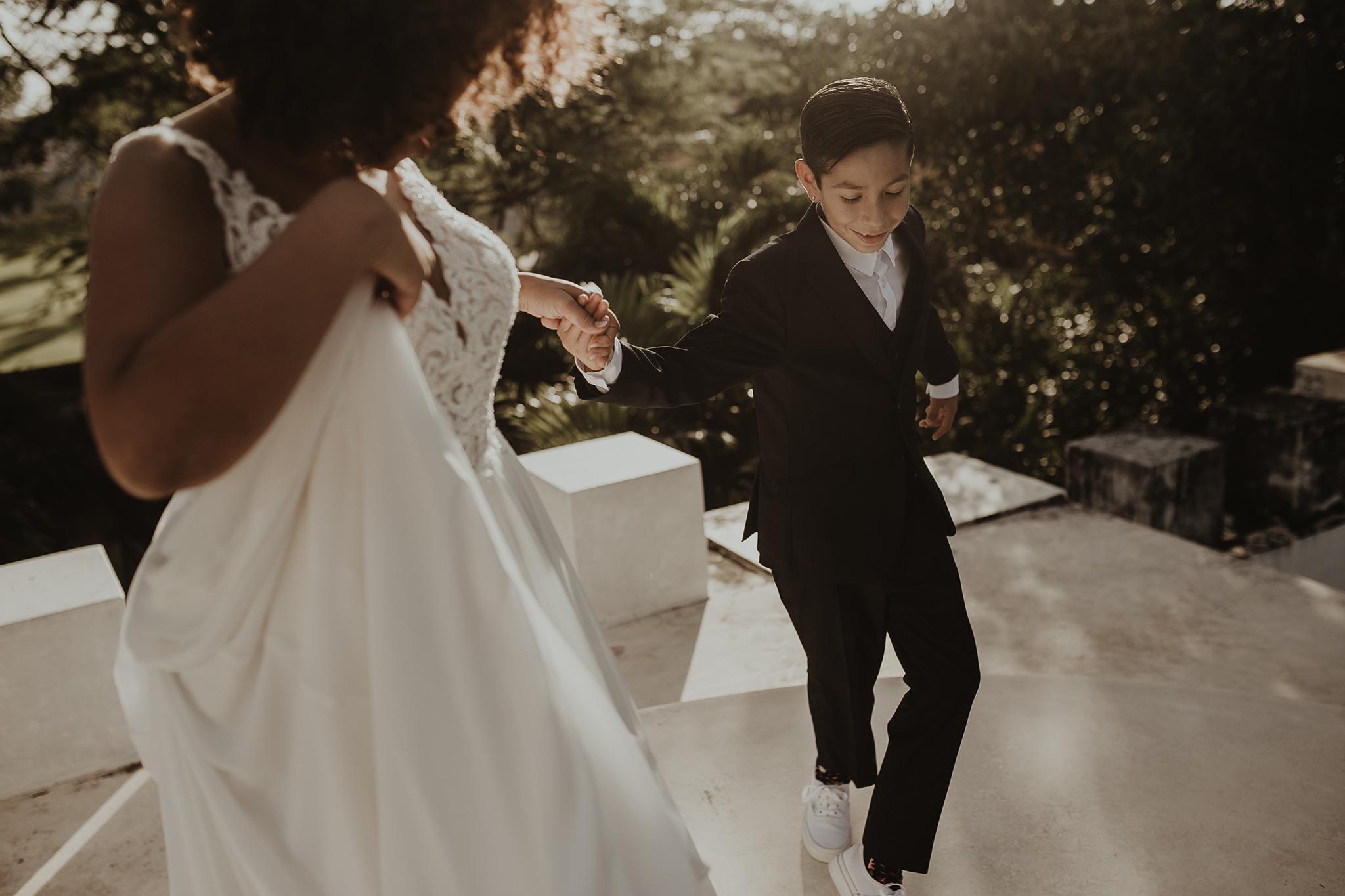 0225V&Aslide_HaciendaSacChic_WeddingGay_WeddingDstination_MeridaYucatan_HaciendasMerida_BodasMexico_BodasYucatan_Boda_Destino.jpg