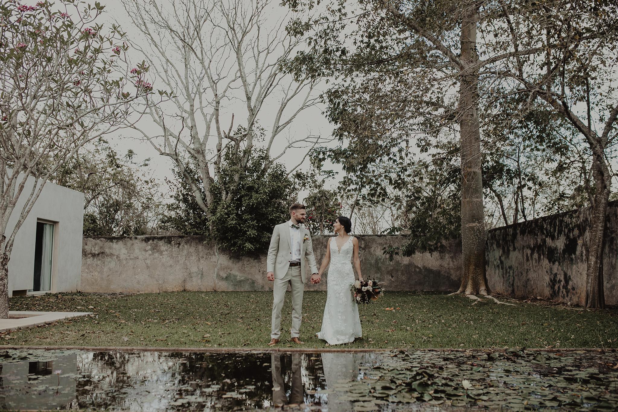 0106M&Cslide_WeddingMerida_.jpg