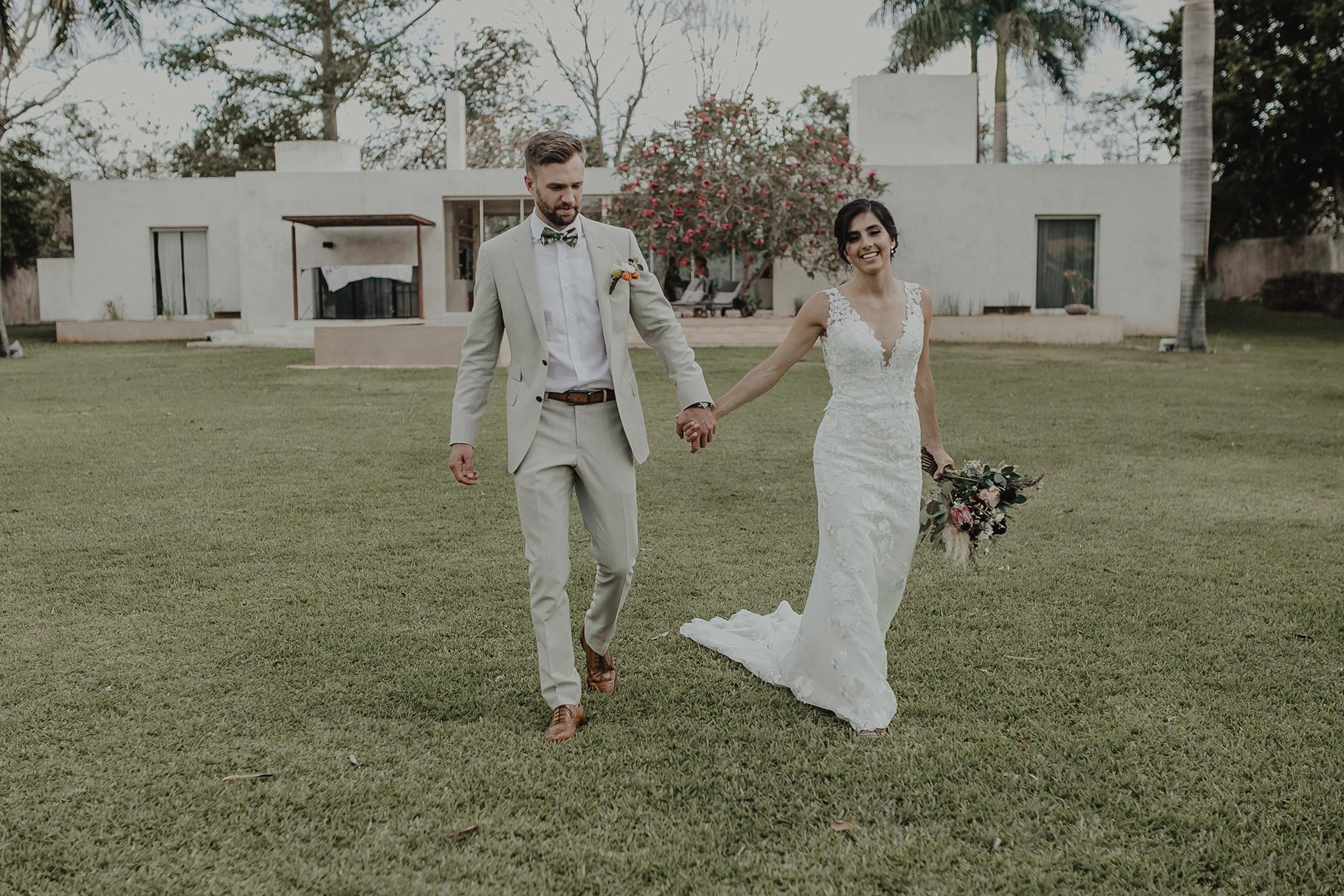 0122M&Cslide_WeddingMerida_.jpg
