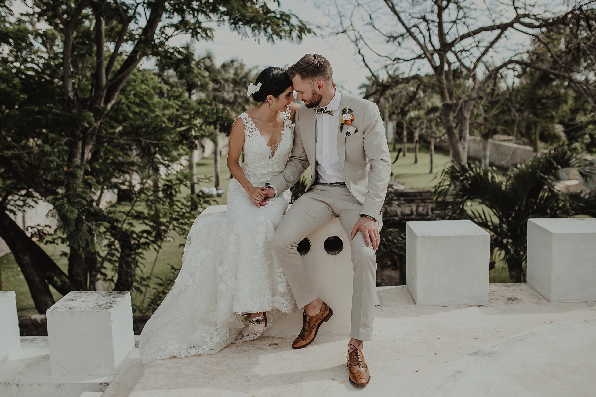 0141M&Cslide_WeddingMerida_.jpg