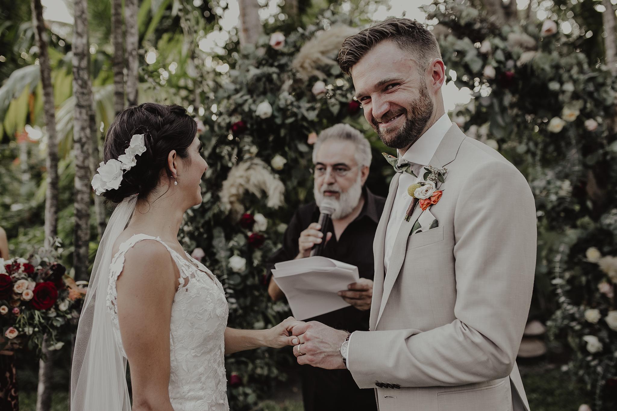 0245M&Cslide_WeddingMerida_.jpg