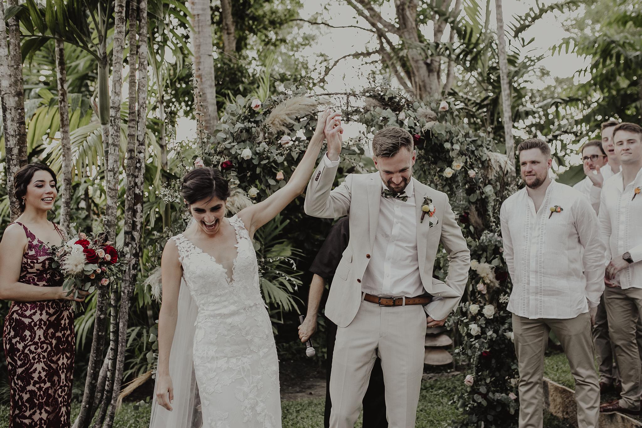 0252M&Cslide_WeddingMerida_.jpg