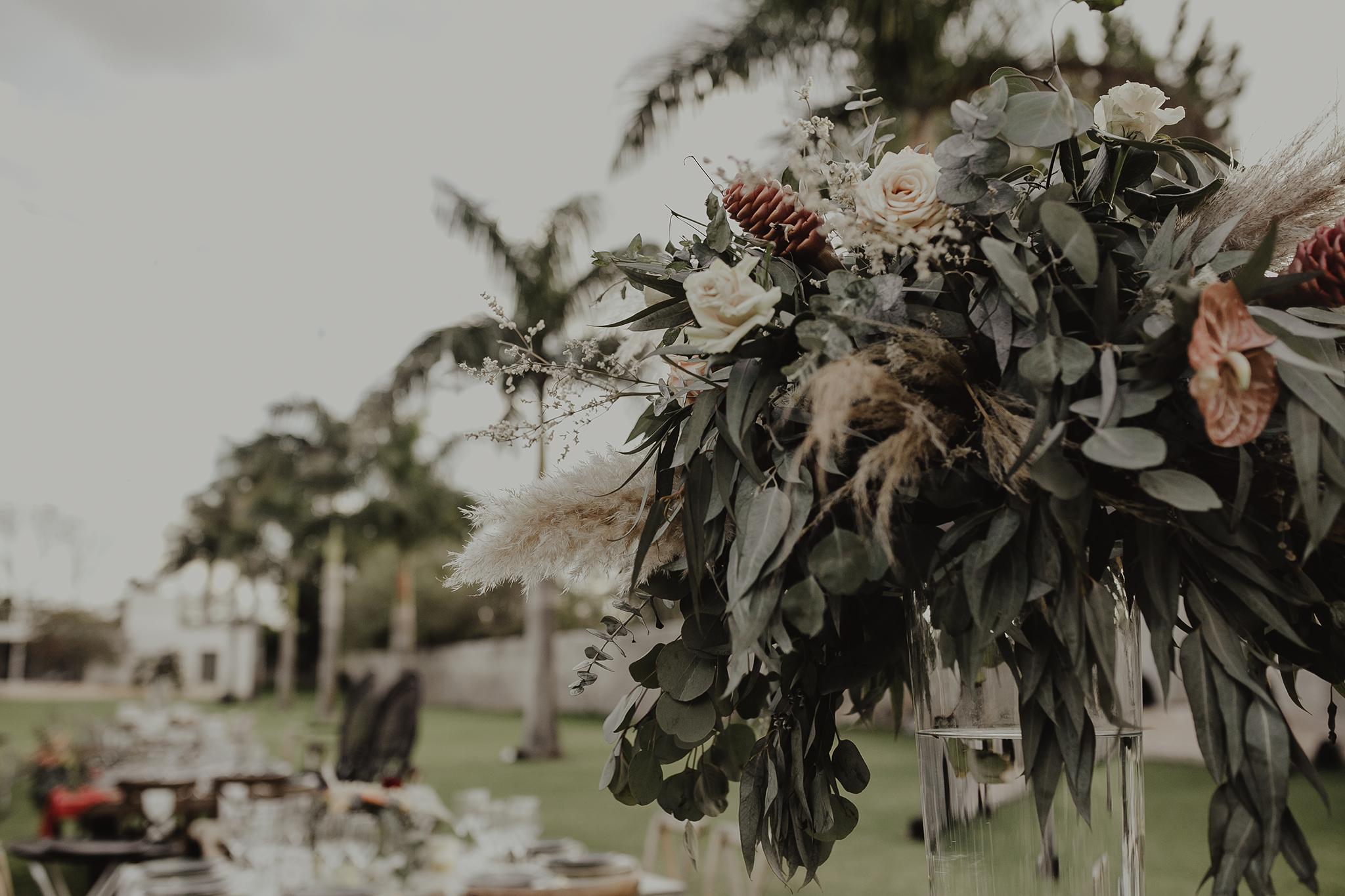 0263M&Cslide_WeddingMerida_.jpg