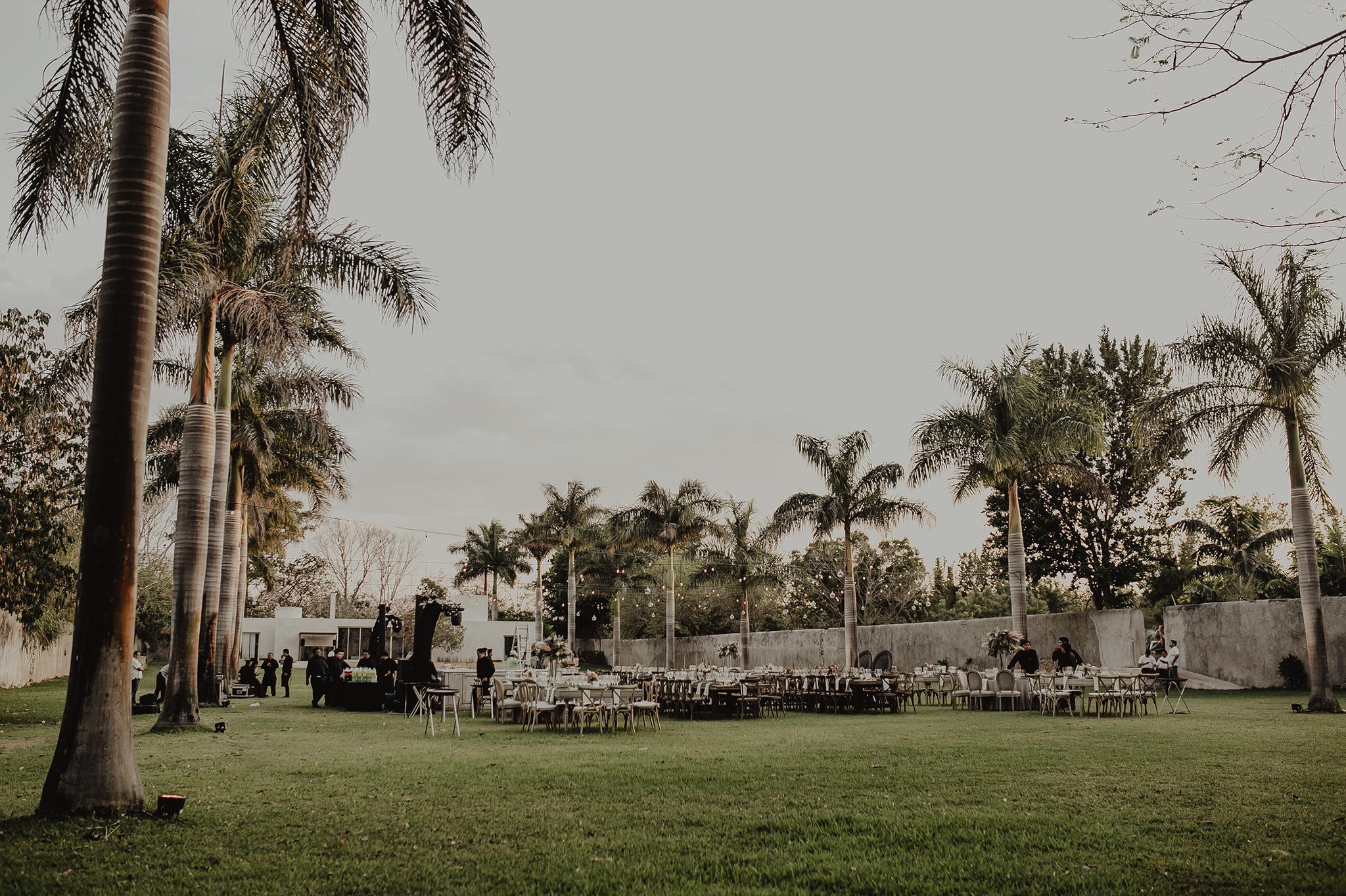 0282M&Cslide_WeddingMerida_.jpg