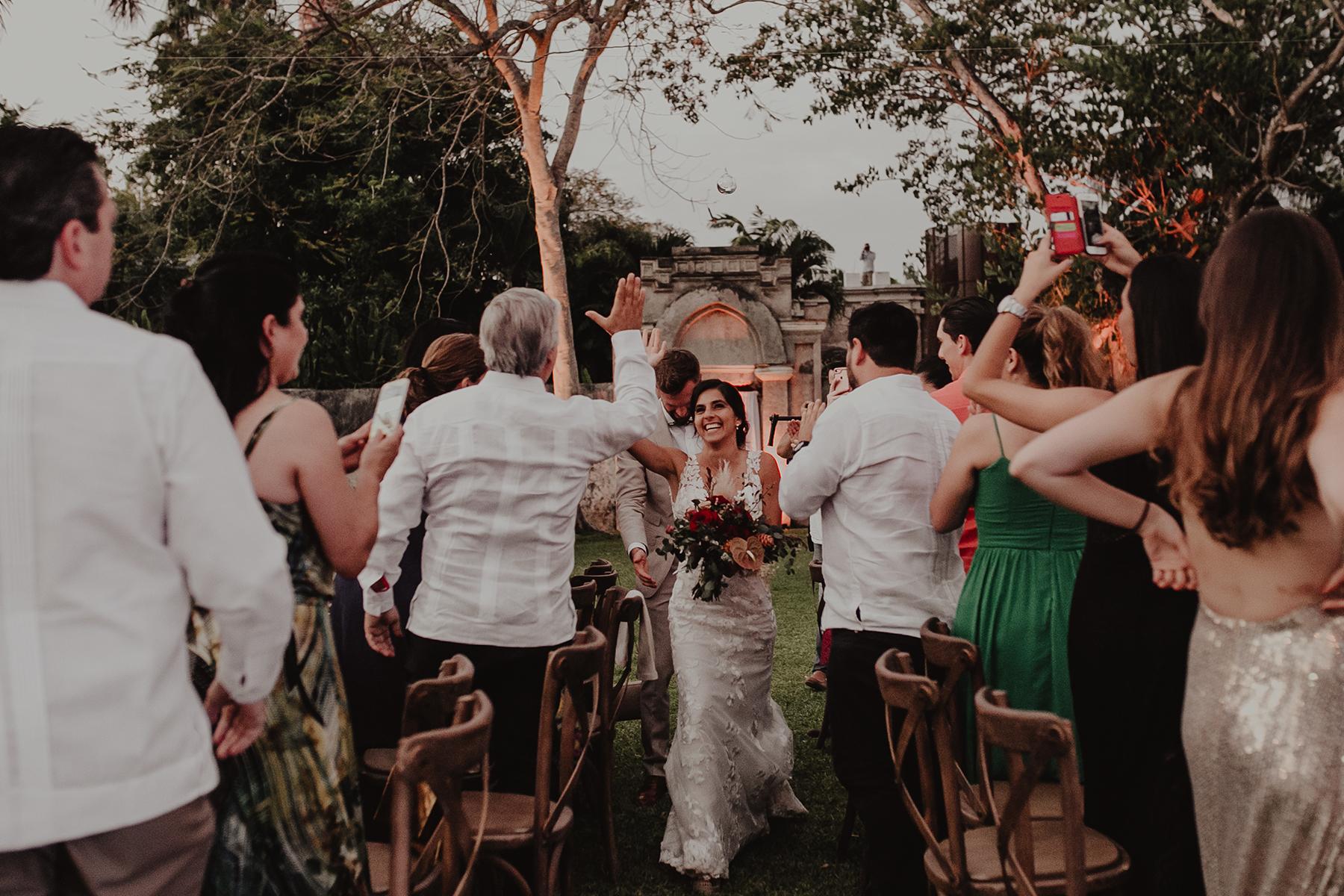 0286M&Cslide_WeddingMerida_.jpg