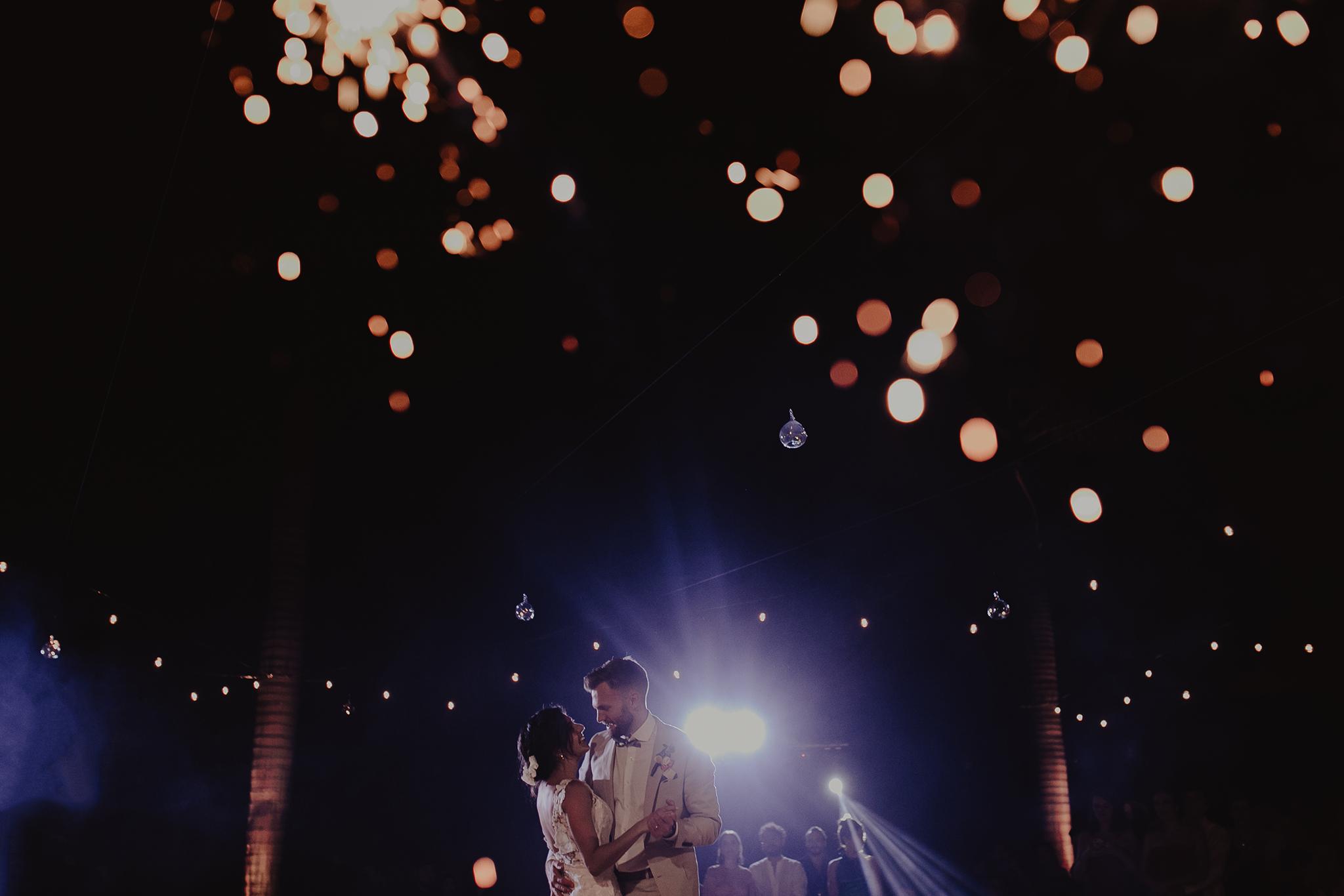 0324M&Cslide_WeddingMerida_.jpg