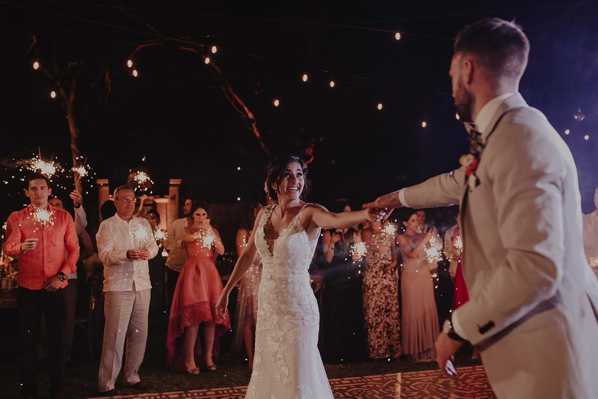 0321M&Cslide_WeddingMerida_.jpg