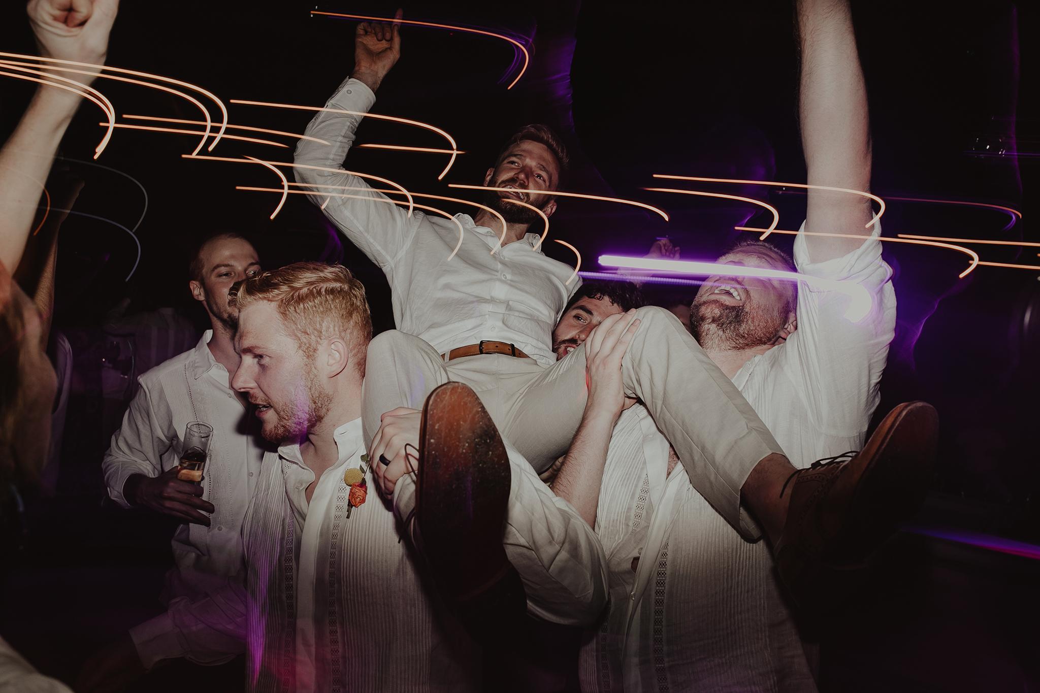 0401M&Cslide_WeddingMerida_.jpg