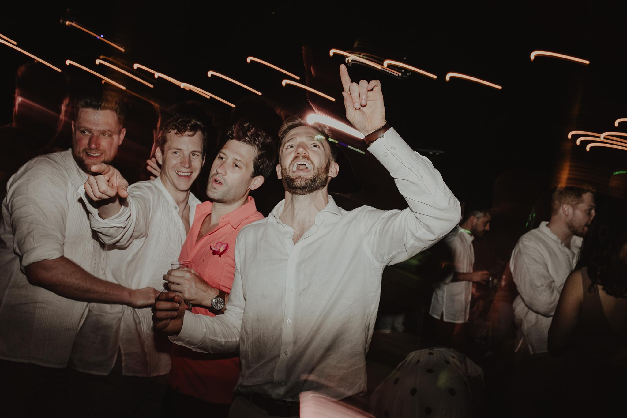 0405M&Cslide_WeddingMerida_.jpg