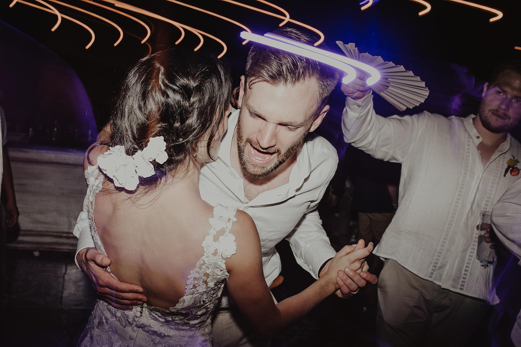 0407M&Cslide_WeddingMerida_.jpg