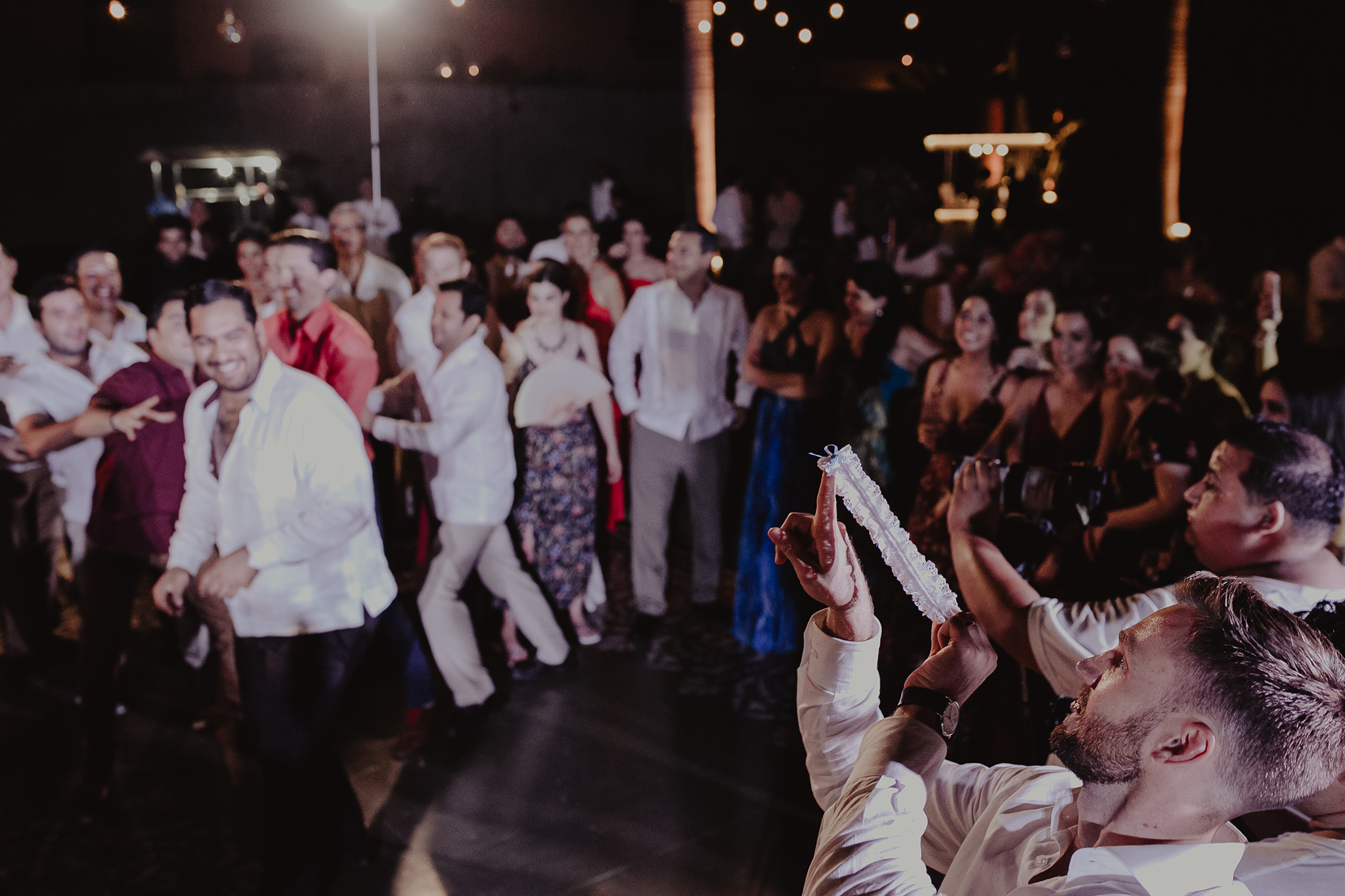 0429M&Cslide_WeddingMerida_.jpg