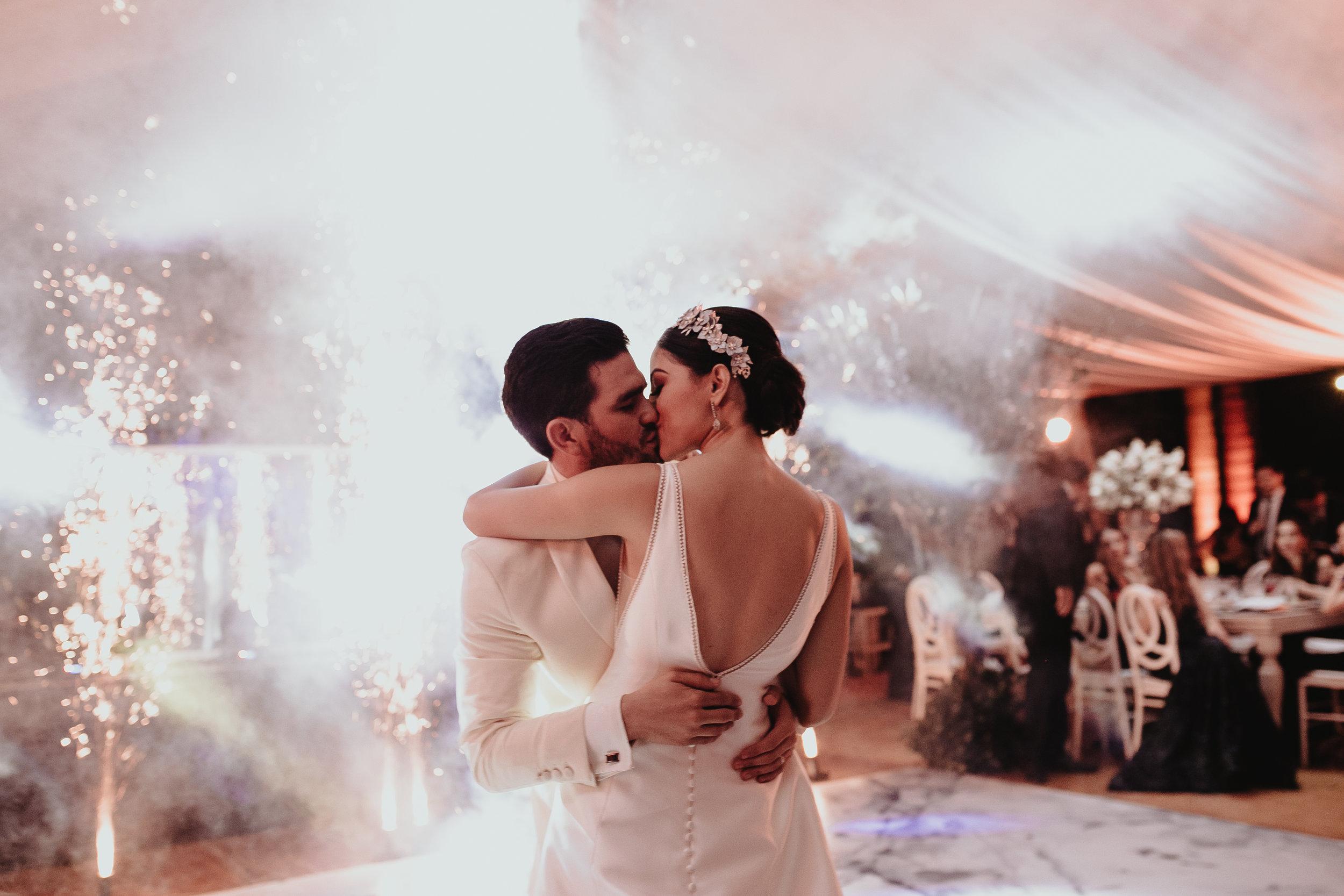 0378G&Jslide__Hacienda_Wedding_WeddingDstination_MeridaYucatan_HaciendasMerida_BodasMexico_BodasYucatan_Boda_Destino.jpg