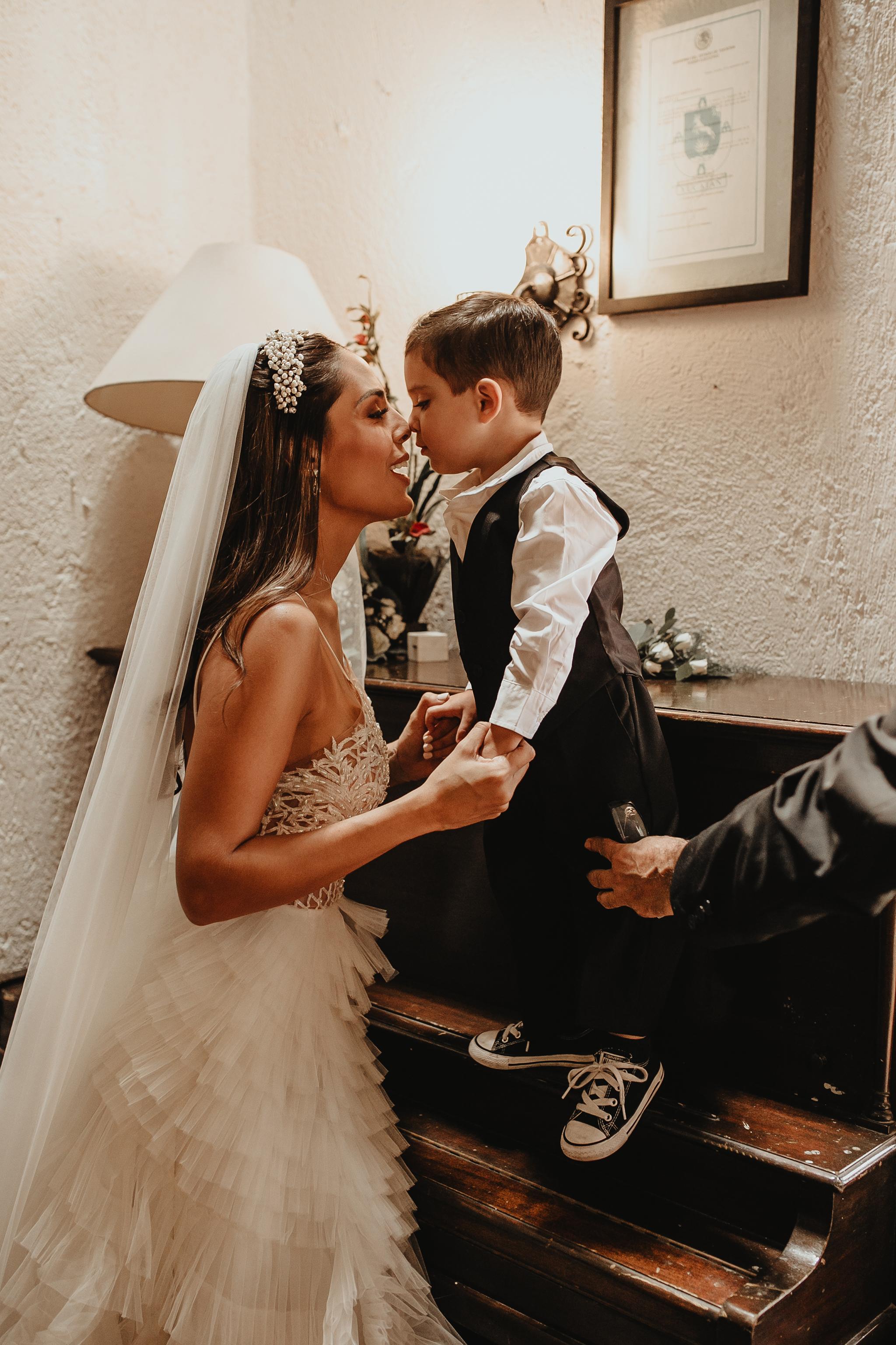 0258R&F__WeddingDestination_Weddingmerida_BodaMexico_FotografoDeBodas_FabrizioSimoneenFotografo.jpg