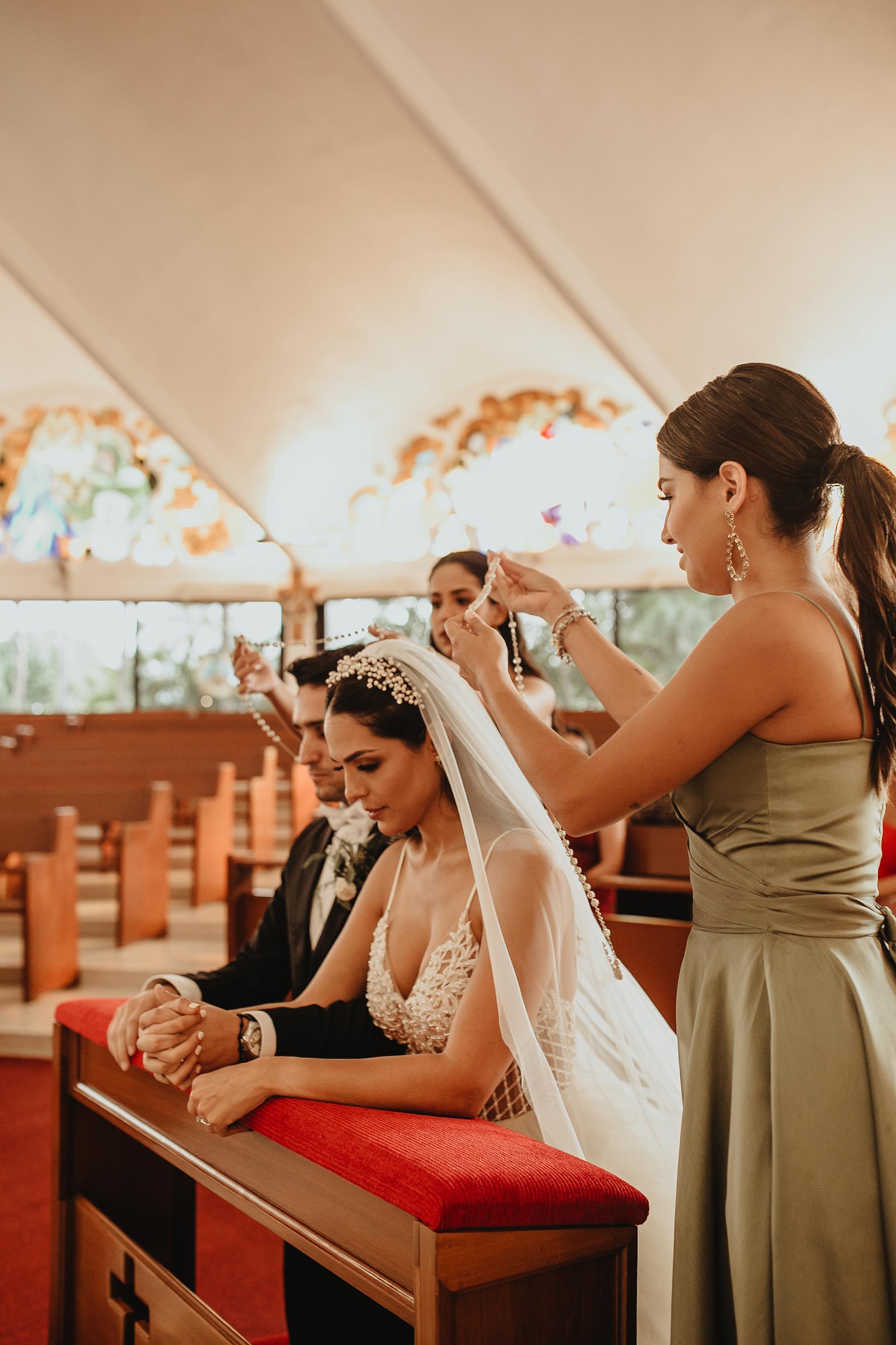 0679R&F__WeddingDestination_Weddingmerida_BodaMexico_FotografoDeBodas_FabrizioSimoneenFotografo.jpg