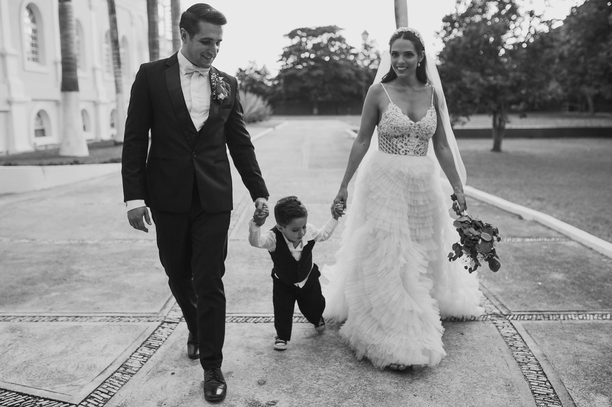0868R&F__WeddingDestination_Weddingmerida_BodaMexico_FotografoDeBodas_FabrizioSimoneenFotografo.jpg