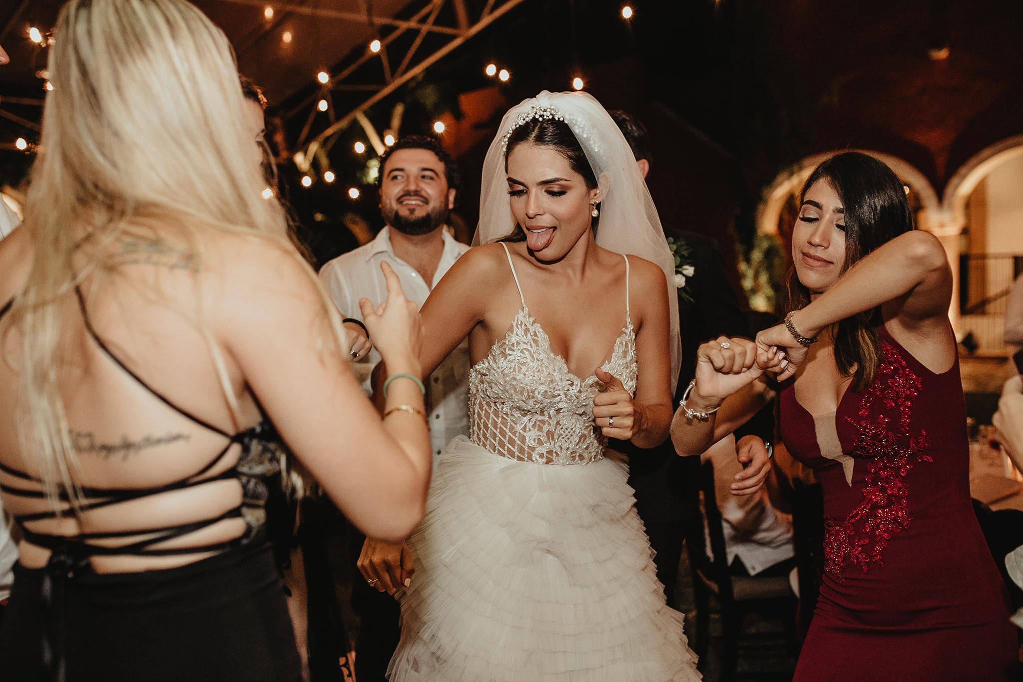 1007R&F__WeddingDestination_Weddingmerida_BodaMexico_FotografoDeBodas_FabrizioSimoneenFotografo.jpg