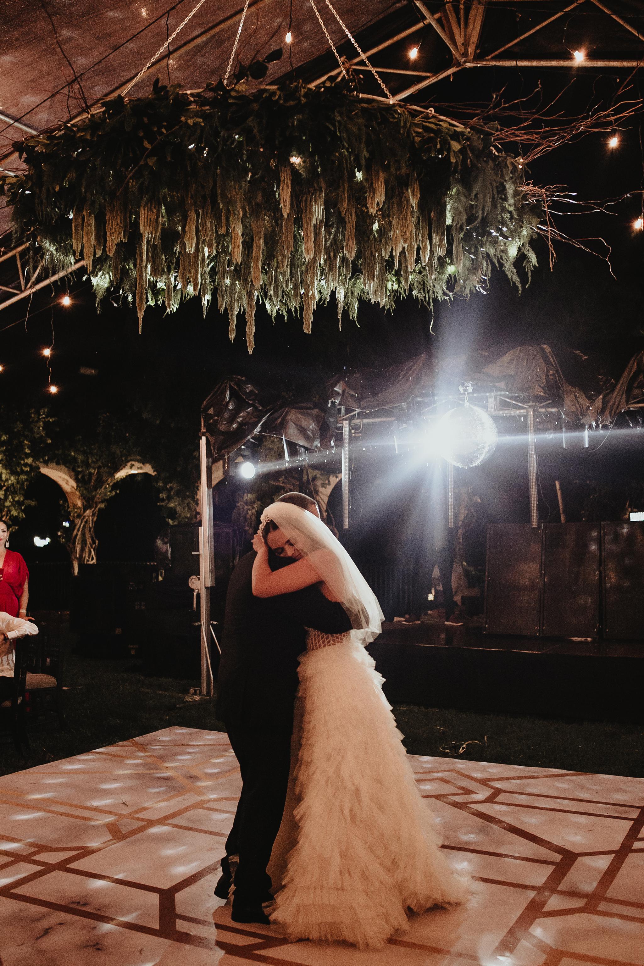 1056R&F__WeddingDestination_Weddingmerida_BodaMexico_FotografoDeBodas_FabrizioSimoneenFotografo.jpg