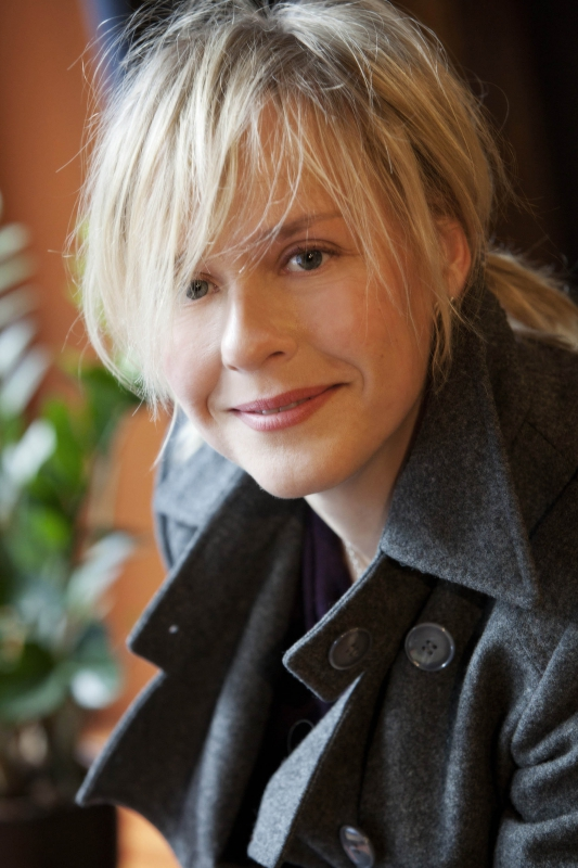 "Monday April 24th – Finland ""Mammoth"" (formally Jessika's Cub"") Playwright: Leea Klemola"