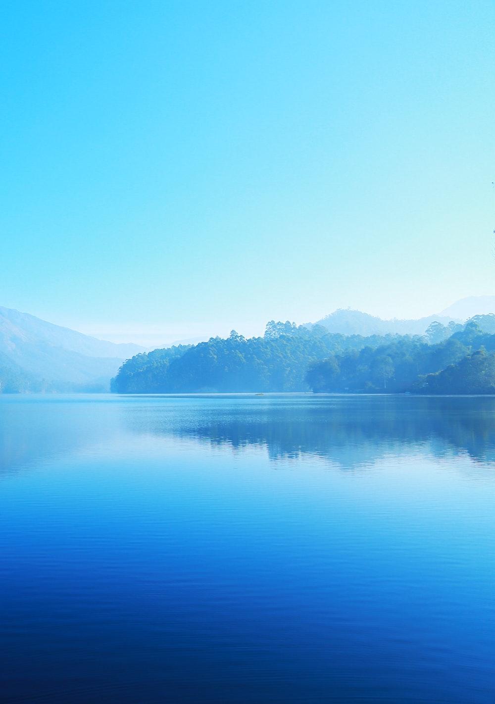 blue-iphone-wallpaper-lake-40465.jpg
