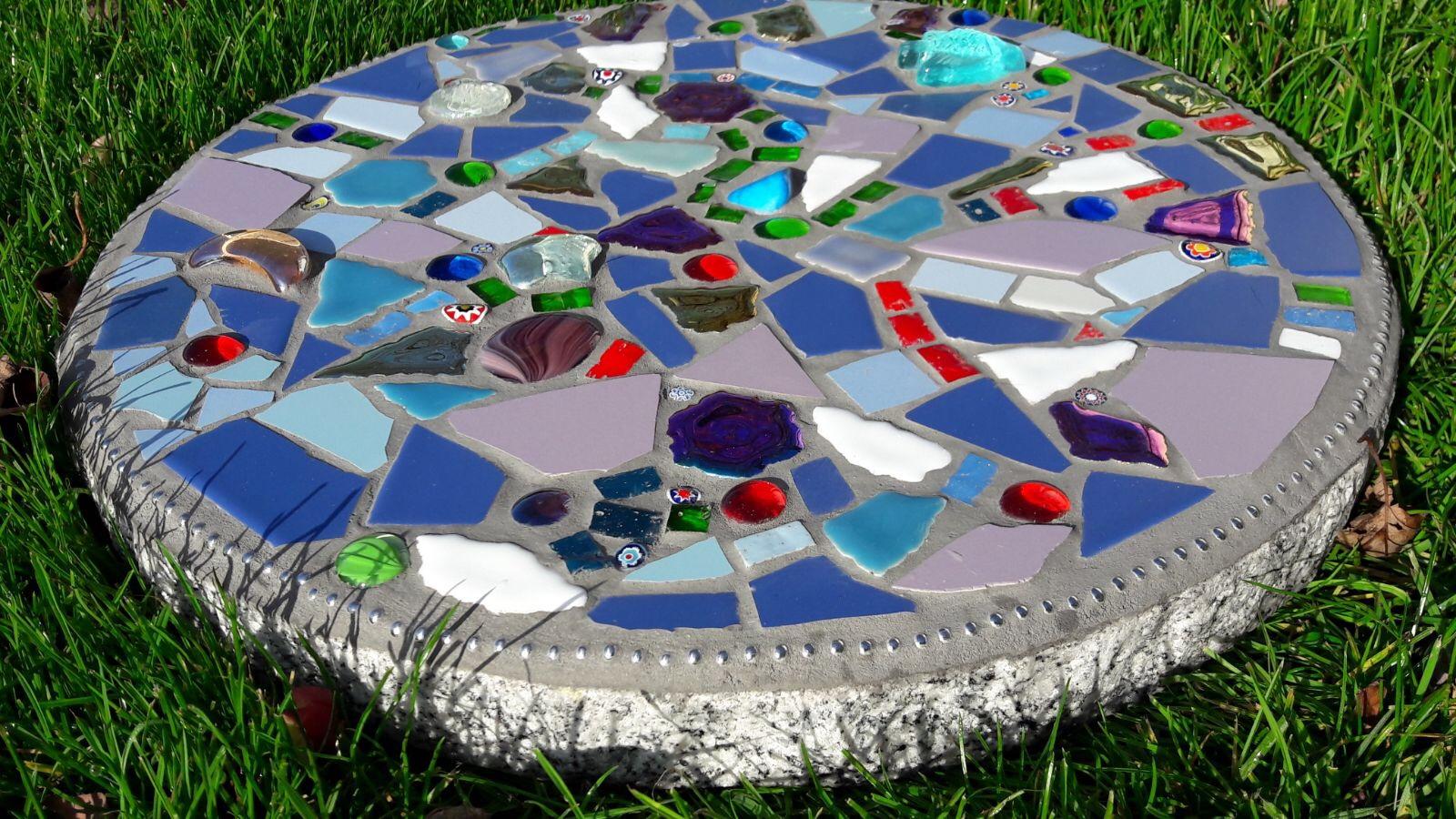 Kunst im Garten mit Stepstone