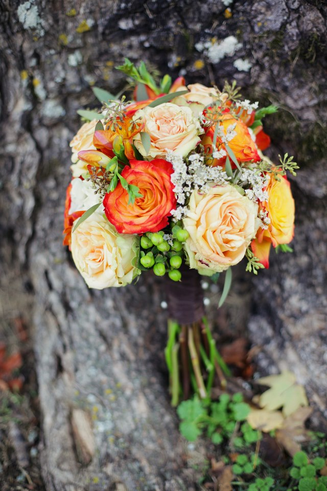 Bouquet_Fall_Flowers_Simply_Yours_Weddings.jpeg