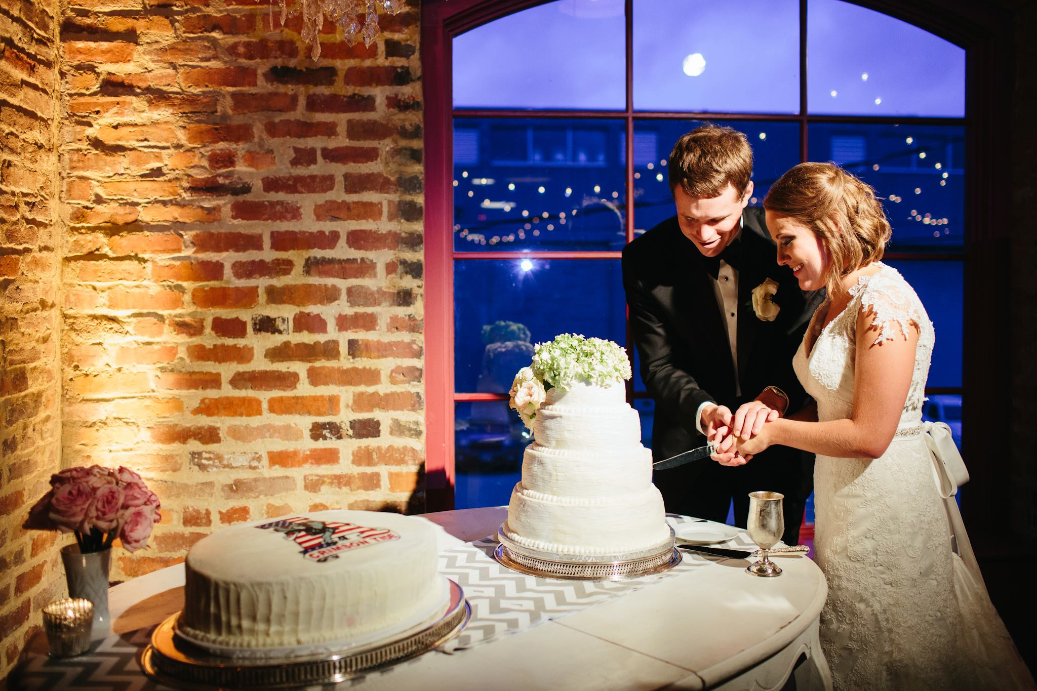 Cake_Houston_Station_Molly_Kirk_Nashville_Reception_Simply_Yours_Weddings_Alex_Bee_Photography.jpeg