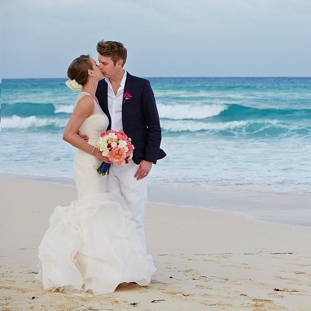 Emily_Mark_Courtney_Davidson_Photography_Destination_Wedding_Le_Reve_Playa_del_Carmen_Simply_Yours_Weddings_Vanessa_Jaimes.jpeg