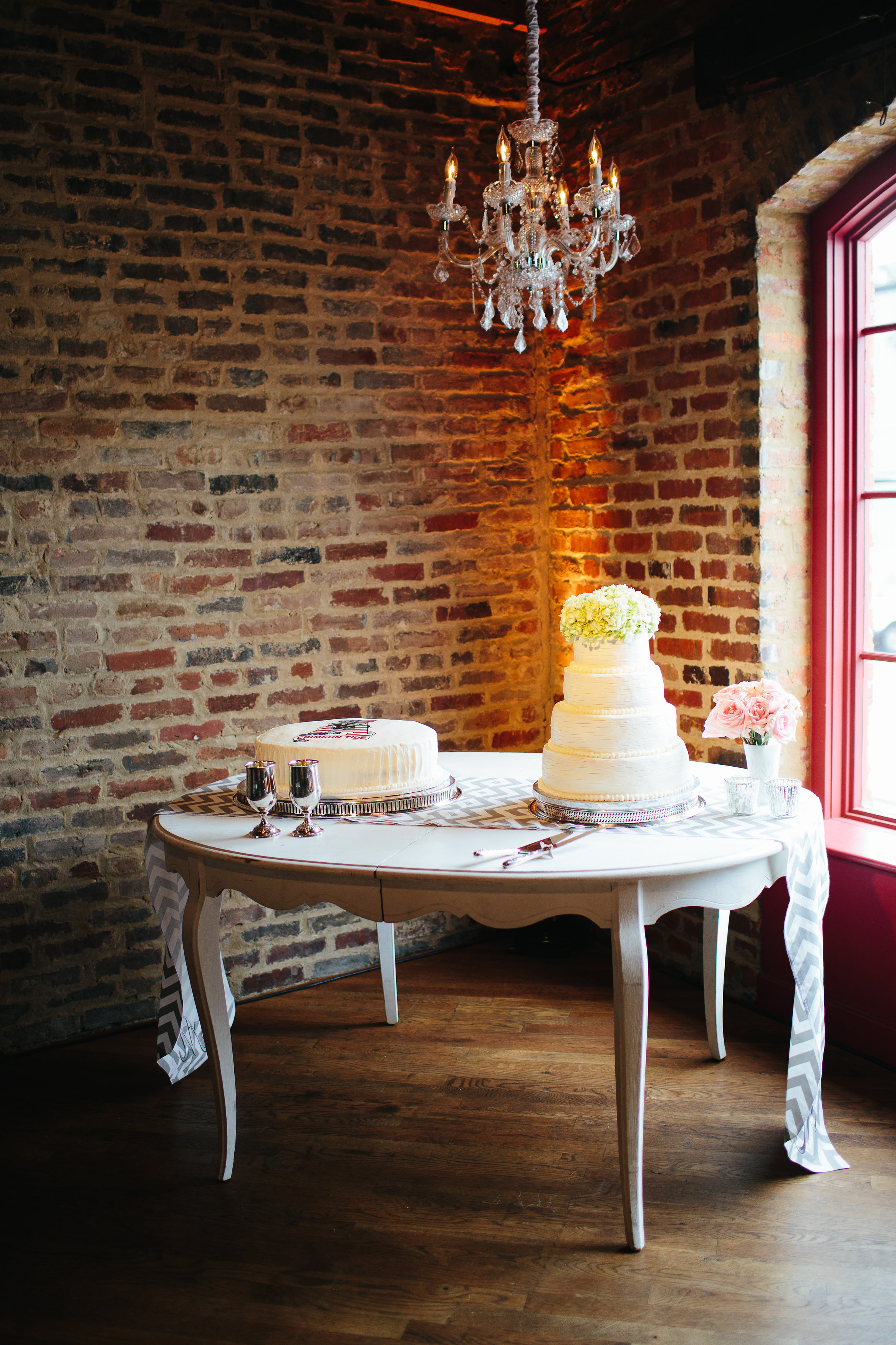 Houston_Station_Bright_Event_Productions_Nashville_Southern_Events_Simply_Yours_Weddings_Kay_Mc_Confections.JPG
