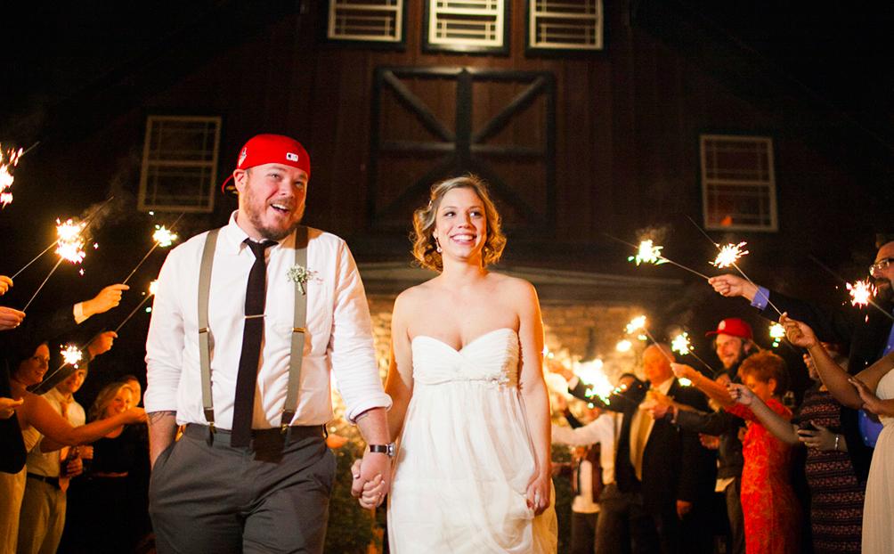 Kursave_Wedding_HannahElainePhotography_Belle_Meadows_Farm_Simply_Yours_Weddings_Sparkler_Exit.jpeg