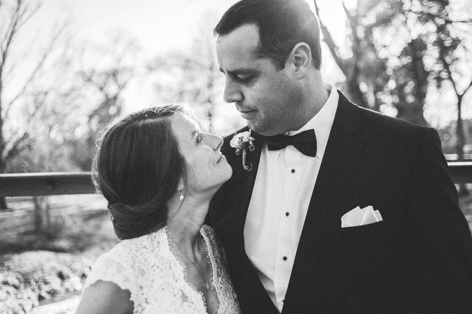 Love_Kanes_Belle_Meade_Plantation_Bride_Groom_Simply_Yours_Weddings_Black_and_white_Alyssa_Noel_Photography_Nashville.jpeg