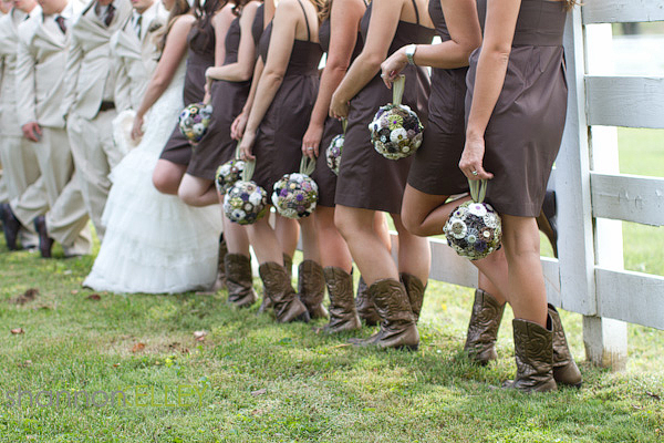 Simply_Yours_Weddings_Shannon_Kelley_Photography_BridesmaidsinBoots.jpeg