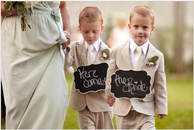 HereComesTheBride_Ringbearers_Simply_Yours_Weddings_Courtney_Davidson.jpeg