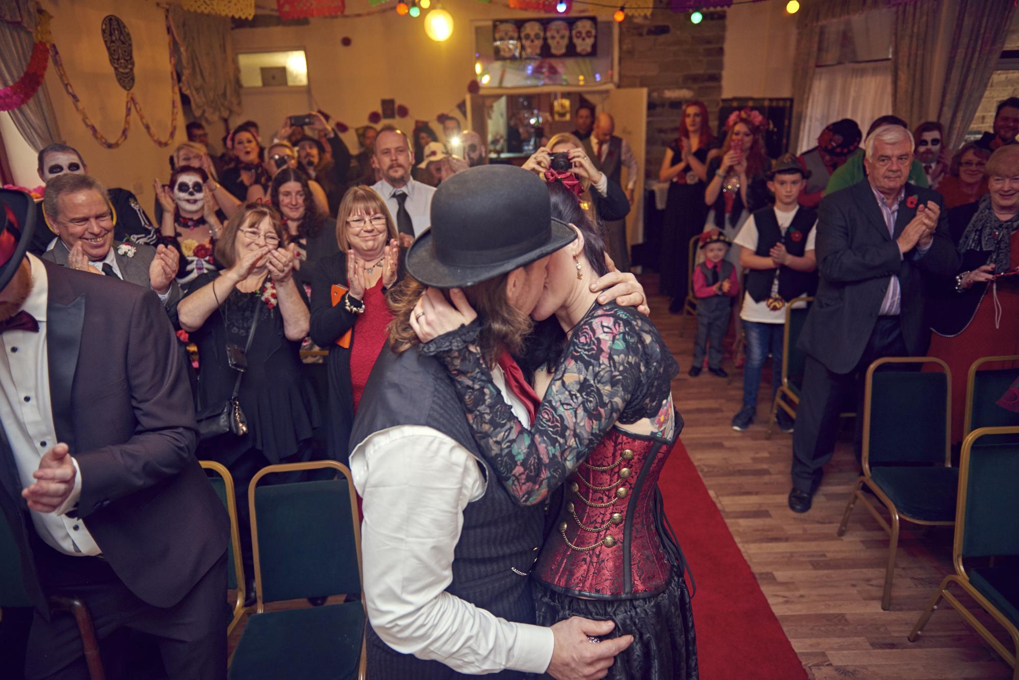 Gez & Ele Romano Wedding No II 156.jpg